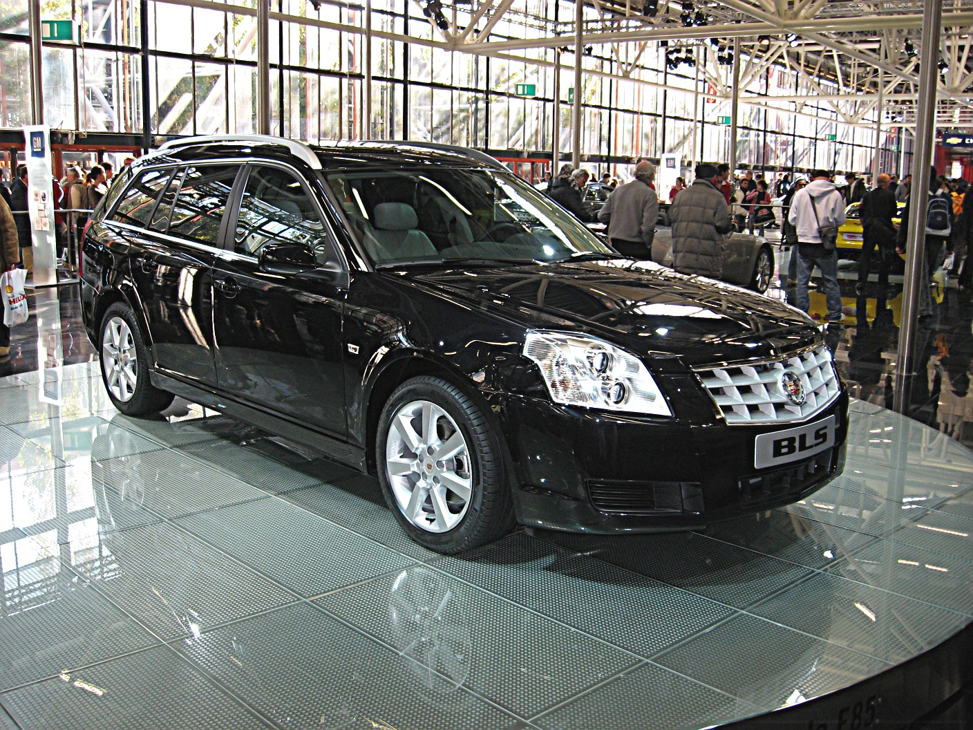 pictures of cadillac bls 2014 auto. Black Bedroom Furniture Sets. Home Design Ideas