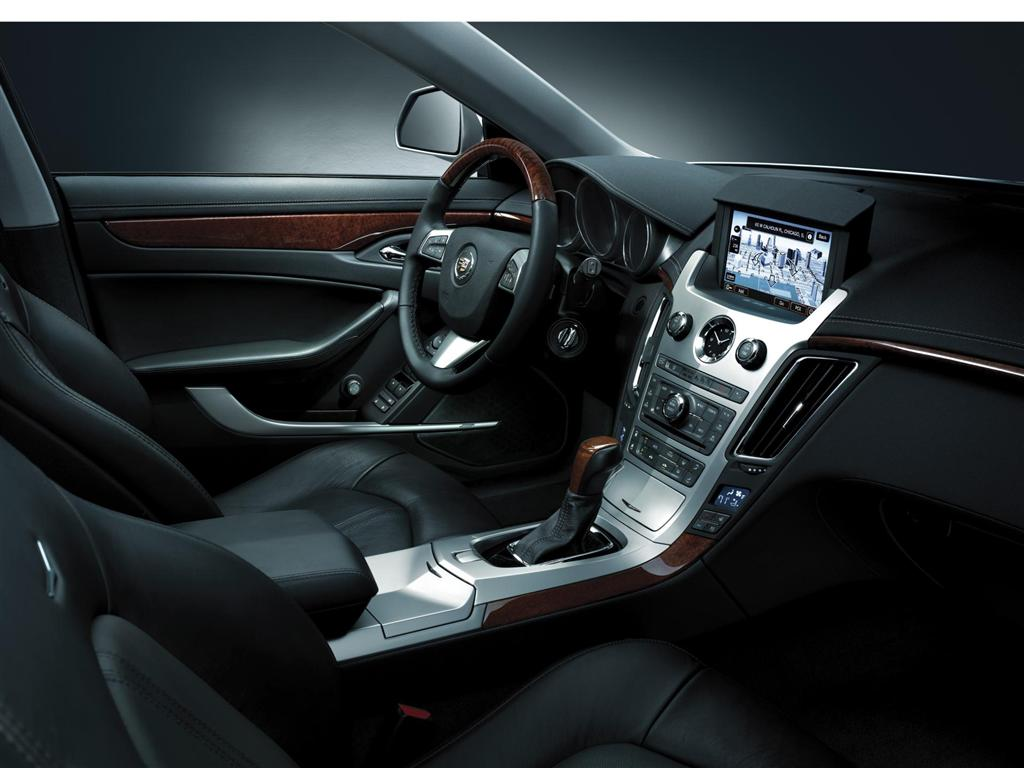 Pictures of cadillac cts sport wagon 2013