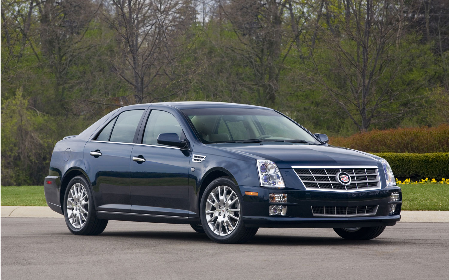 2012 Cadillac Dts – pictures, information and specs - Auto ...