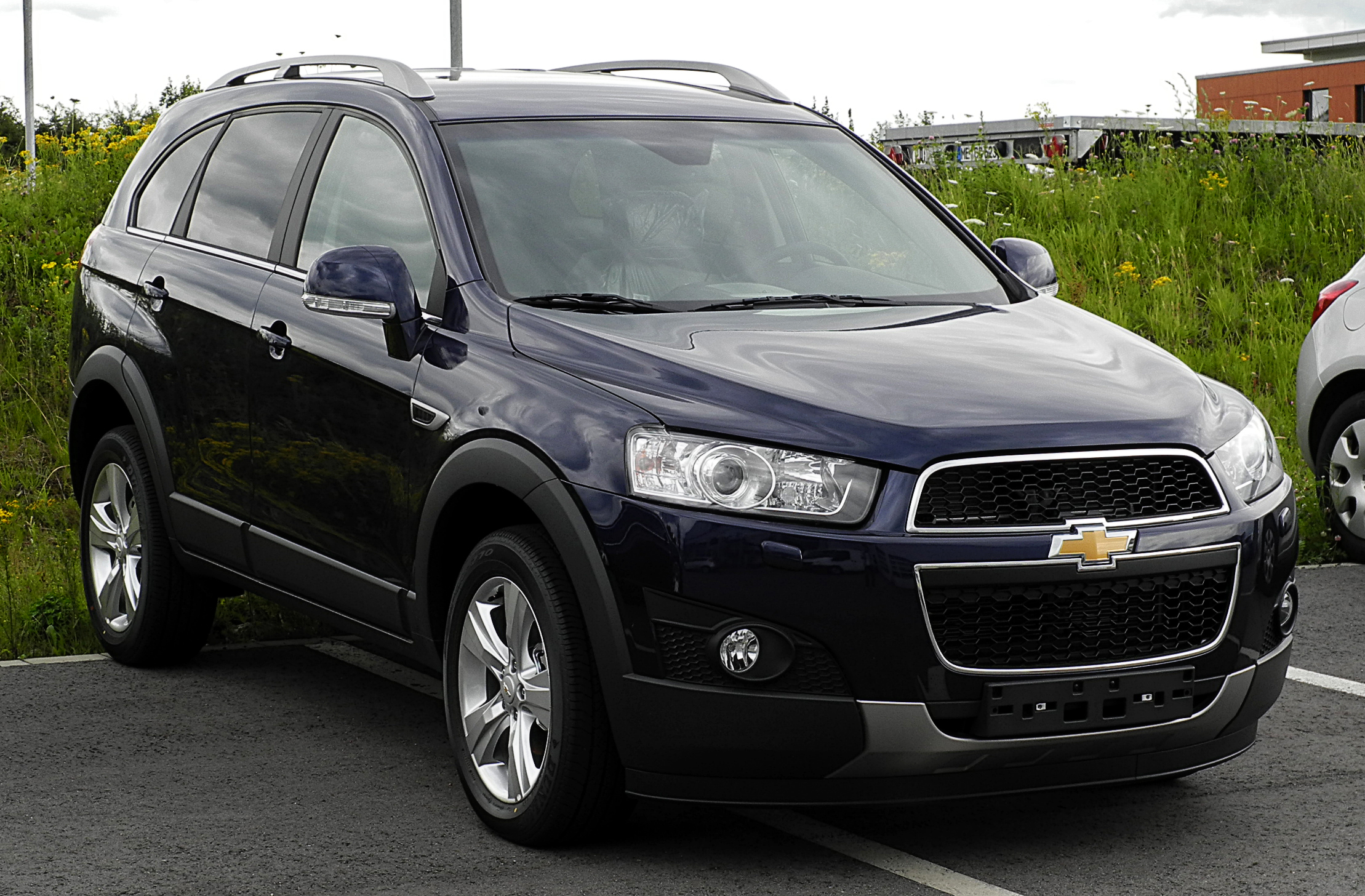 Pictures of chevrolet captiva