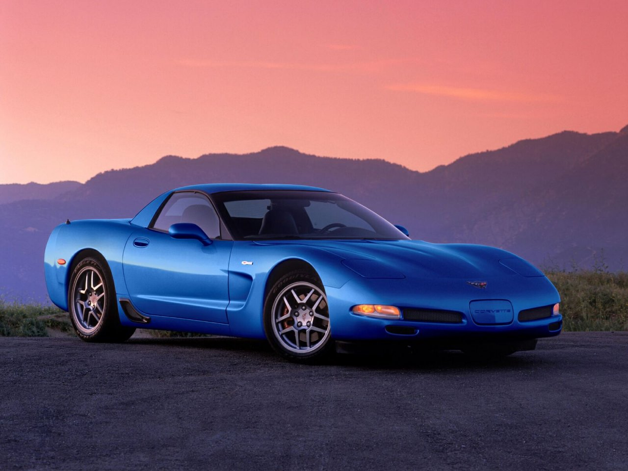 Pictures of chevrolet corvette c5 coupe 2001