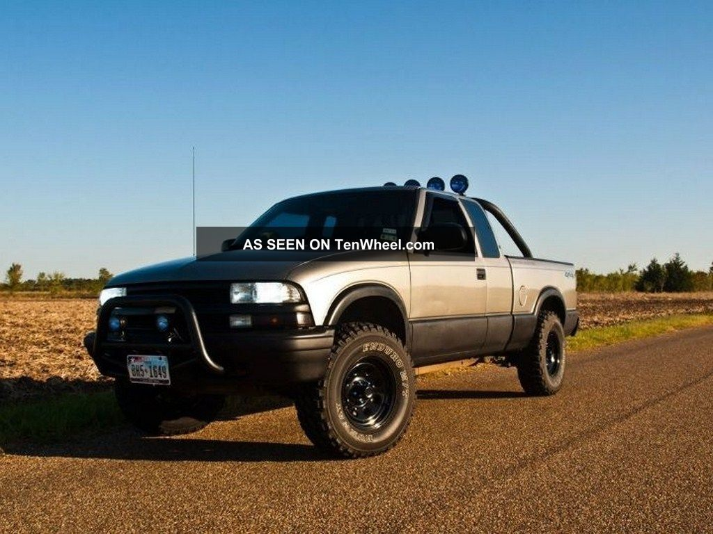 2000 Chevrolet S-10 pickup – pictures, information and specs ...