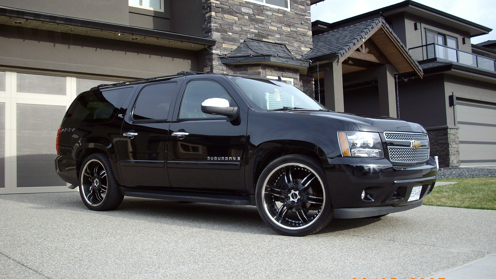 Pictures of chevrolet suburban #9