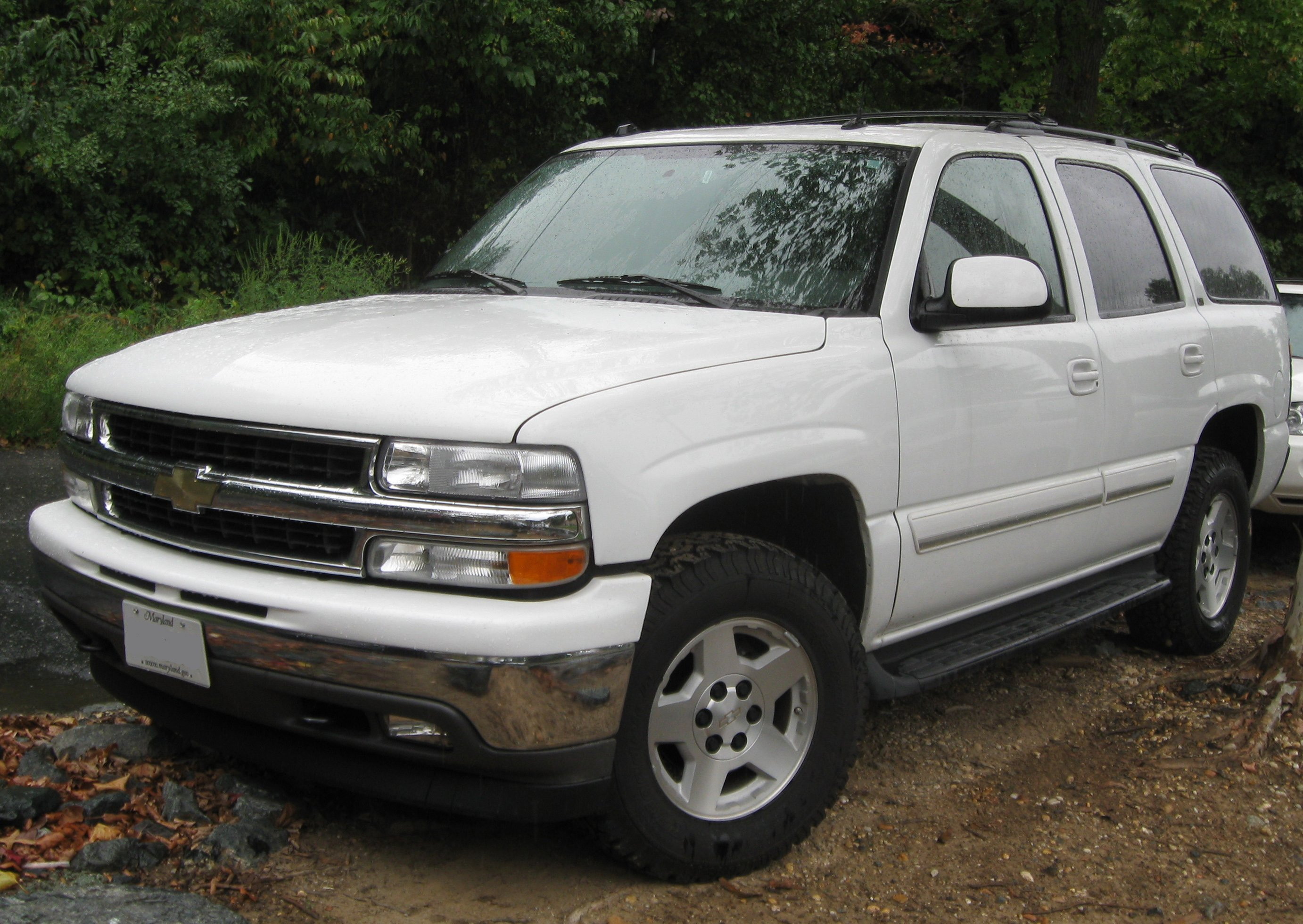 Pictures of chevrolet suburban gmt800 2002 1