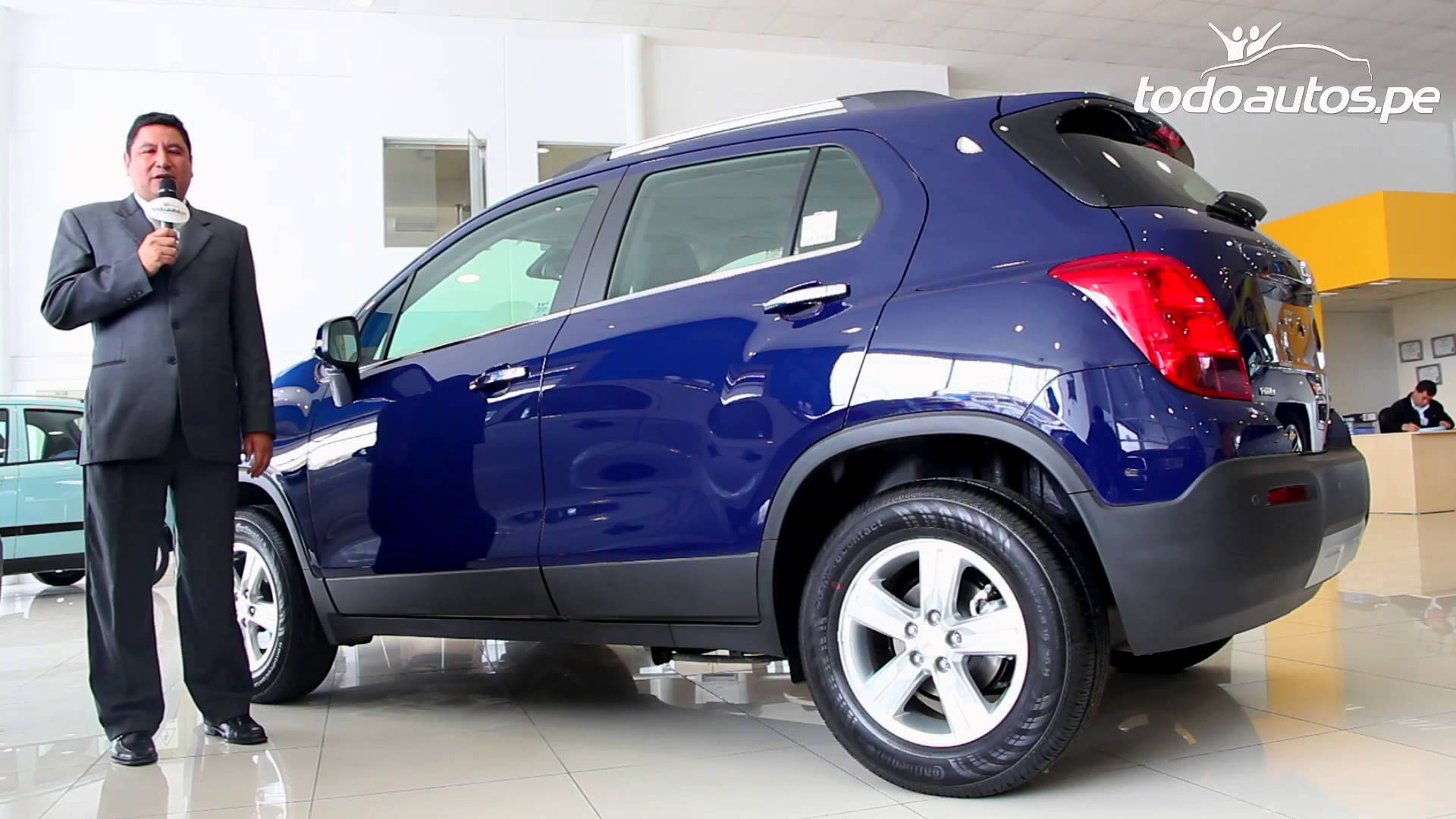 Pictures of chevrolet tracker #11