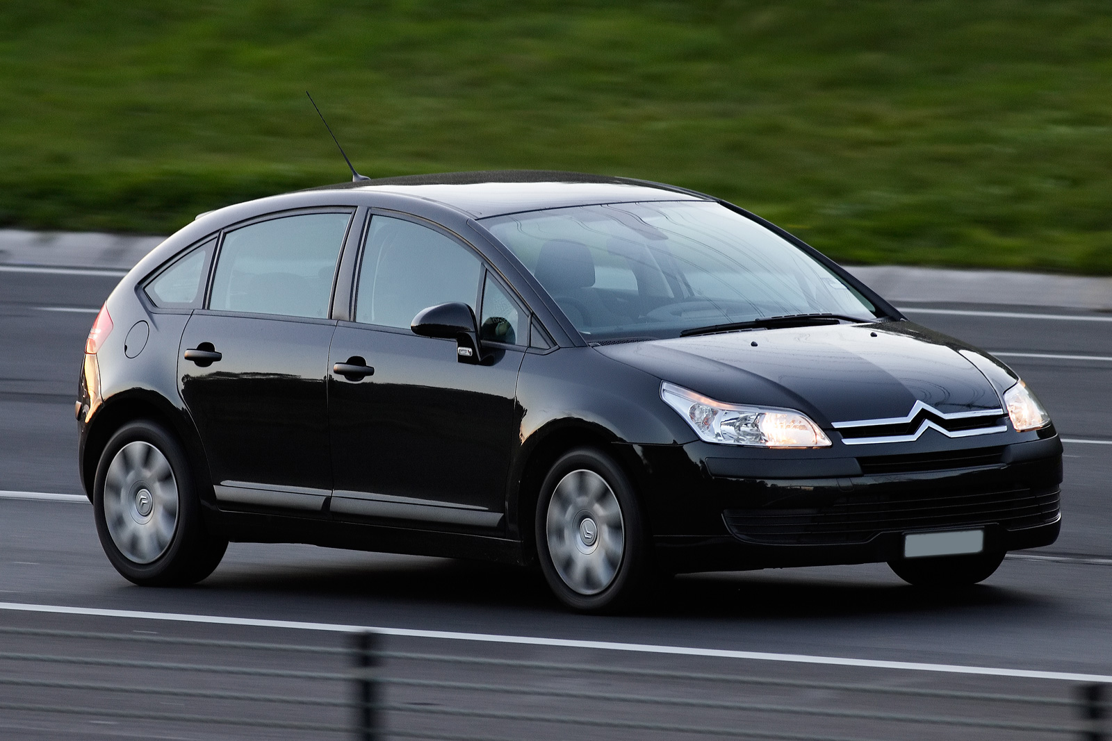 Pictures of citroen c4