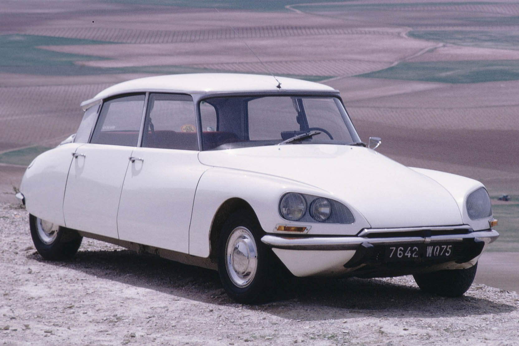 Pictures of citroen ds #7