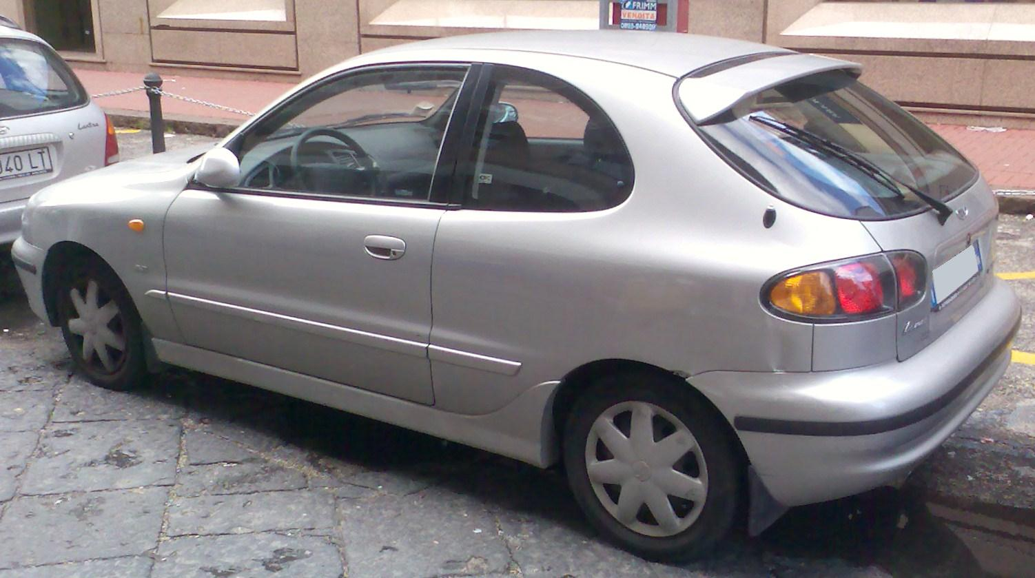 Pictures of daewoo lanos