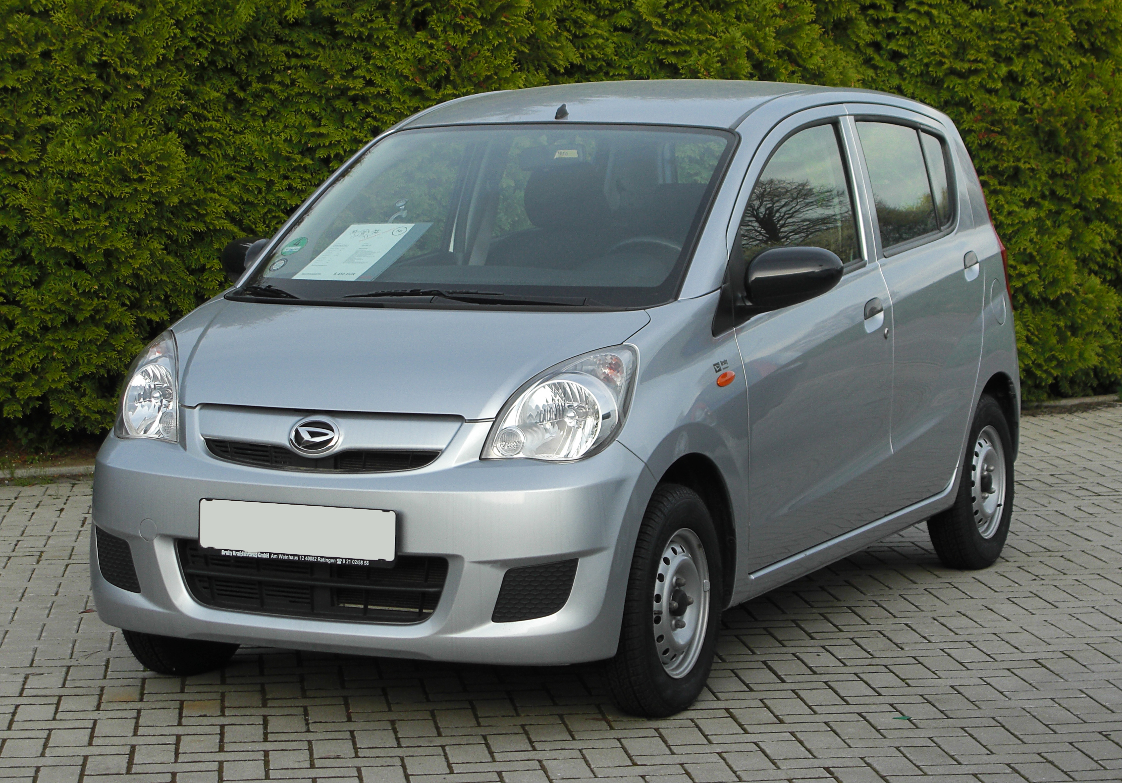 Pictures of daihatsu cuore