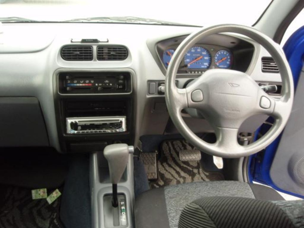 Pictures of daihatsu terios kid 2001