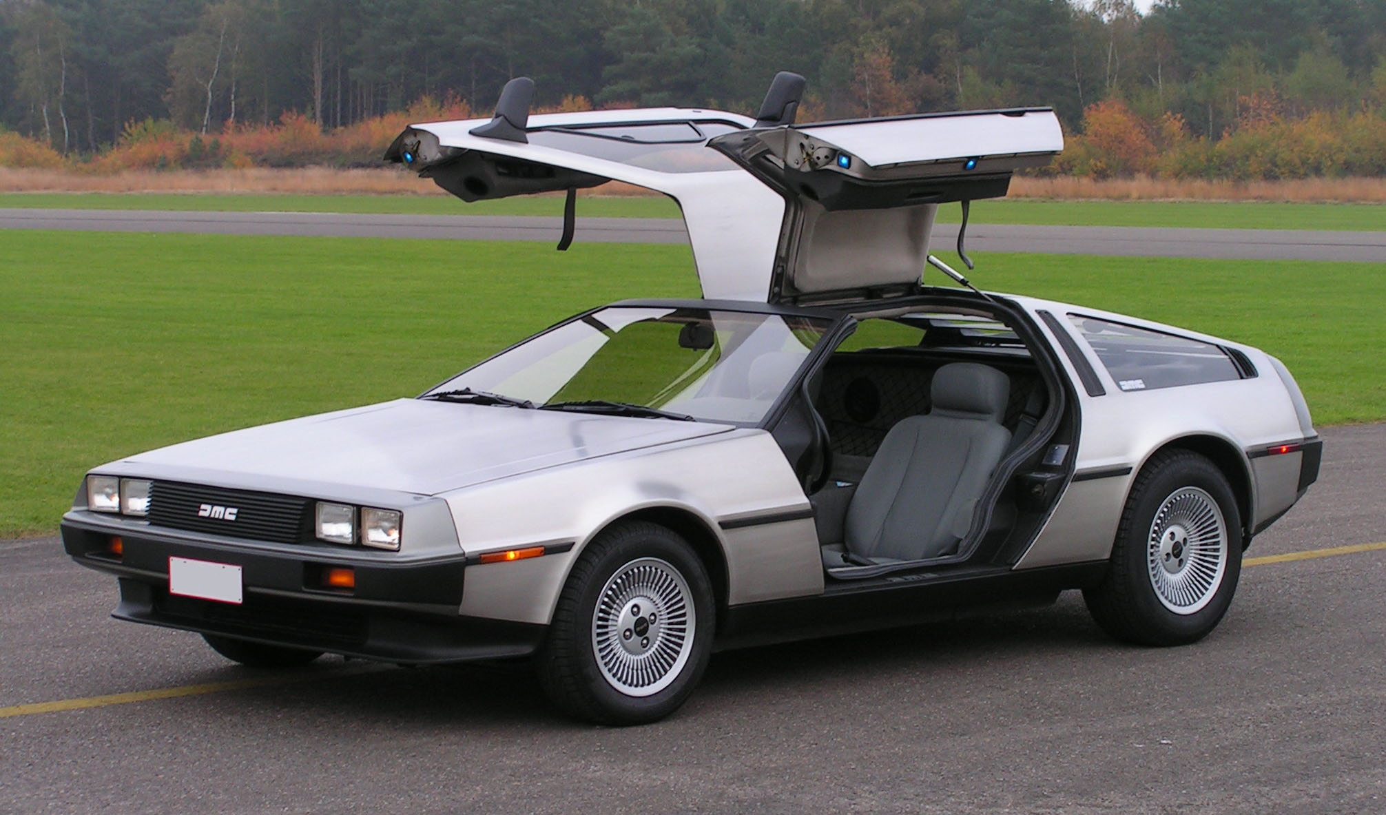 Pictures of de lorean