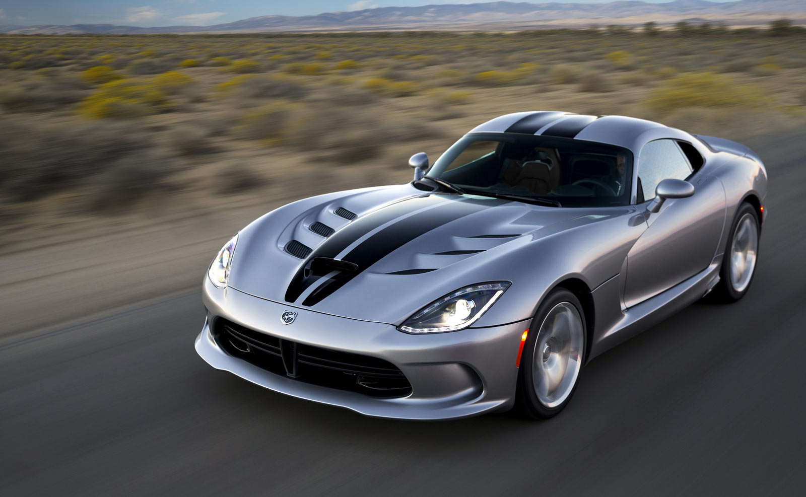 Pictures of dodge viper