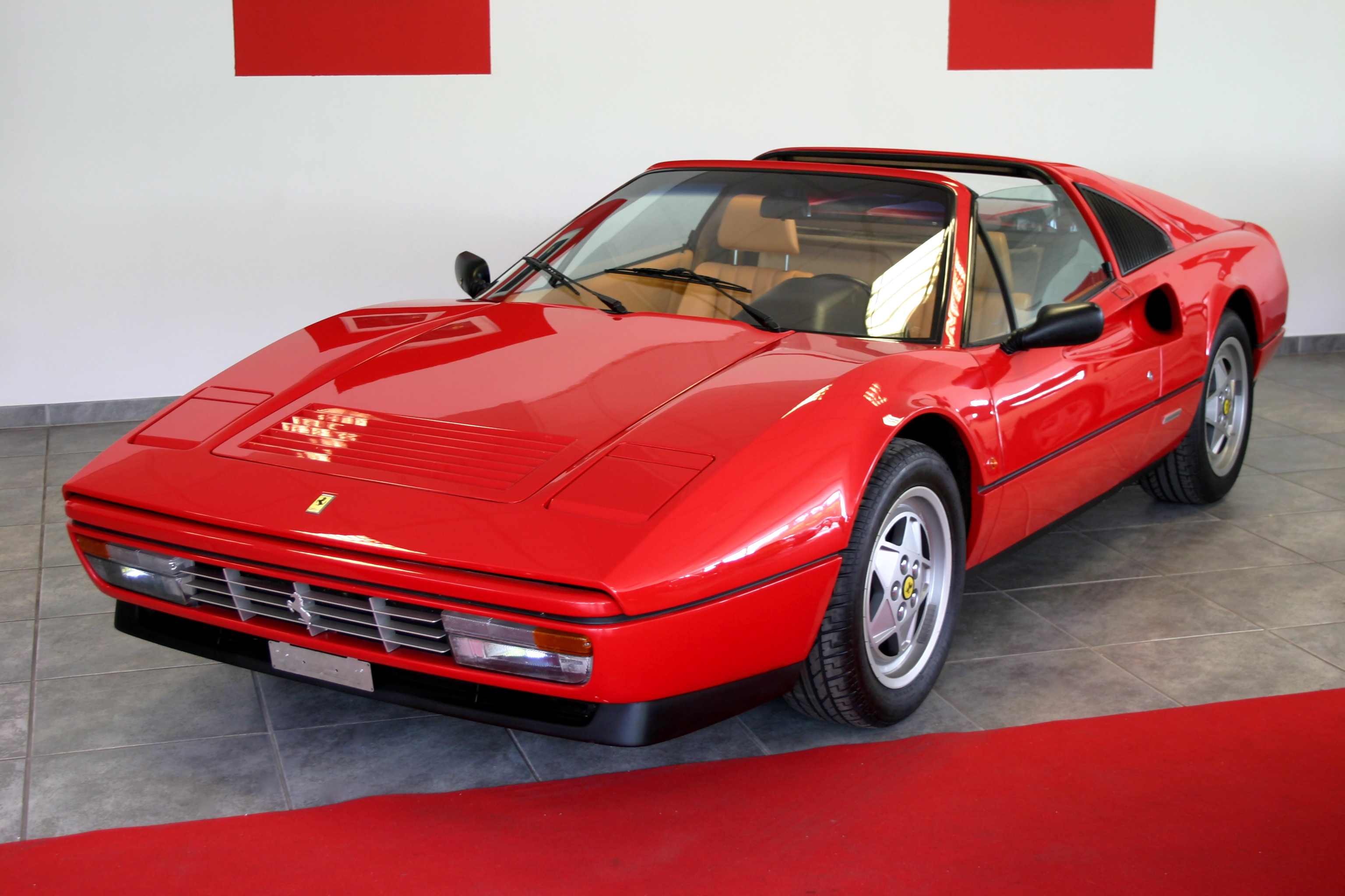 Pictures of ferrari 328