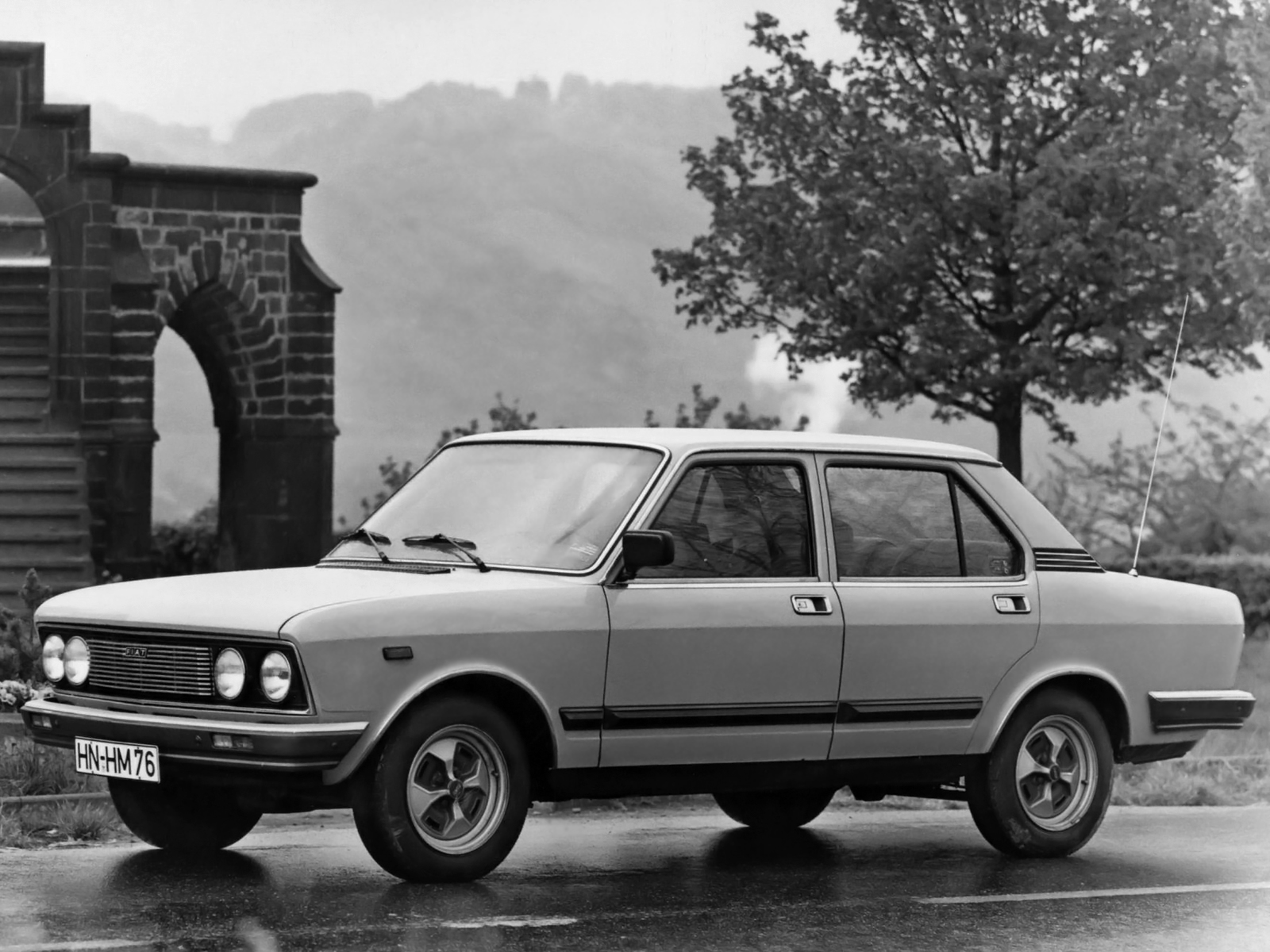 Pictures of fiat 132 #5