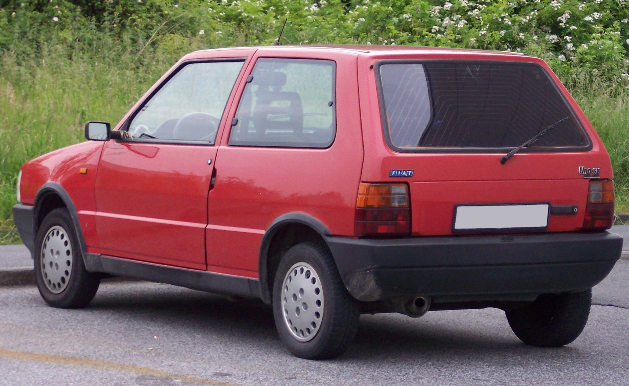 Pictures of fiat uno