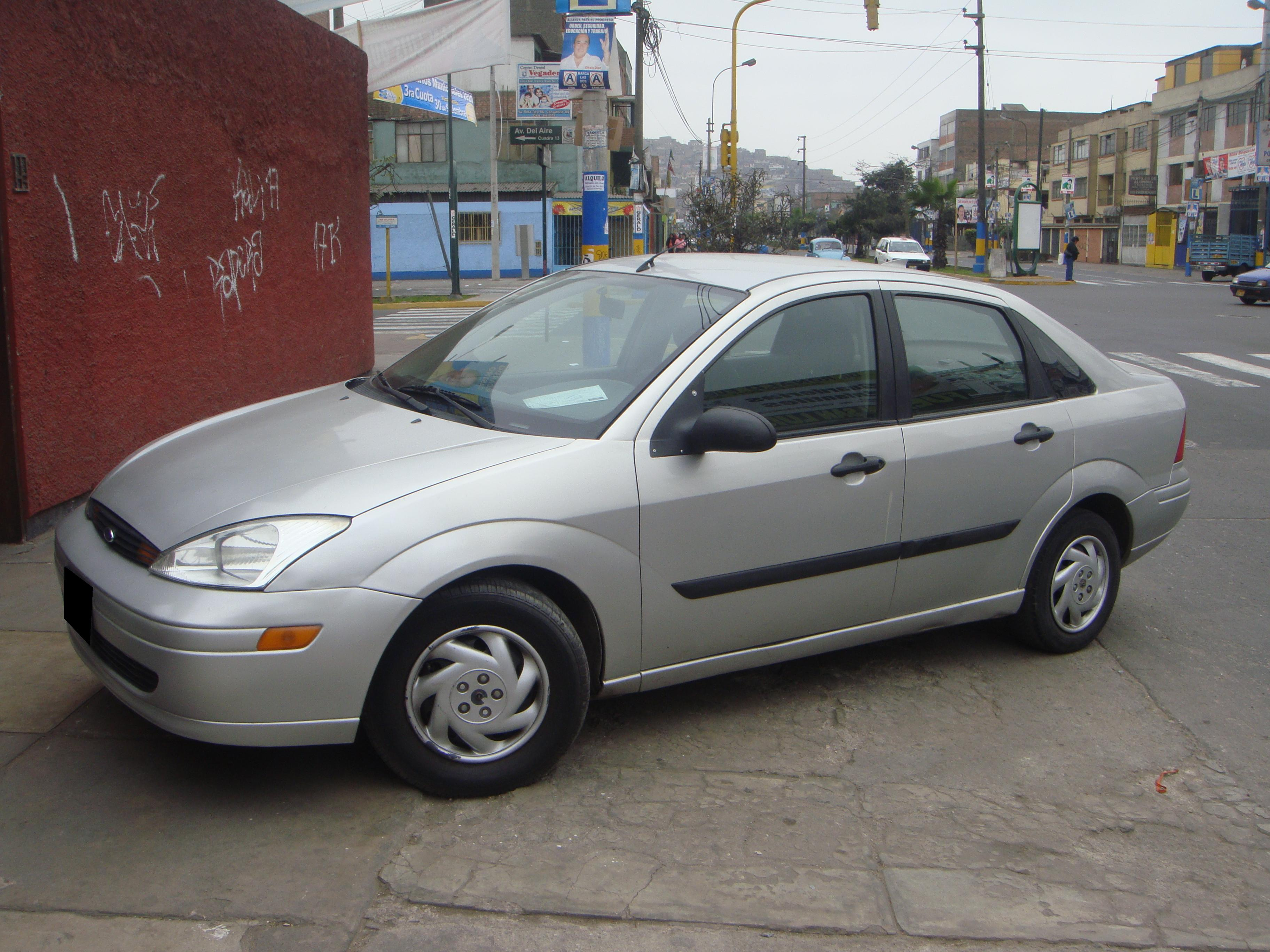Pictures of ford focus 2002
