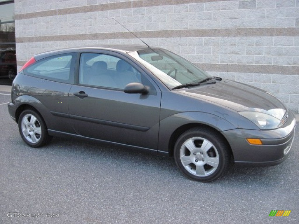 Pictures of ford focus 2003