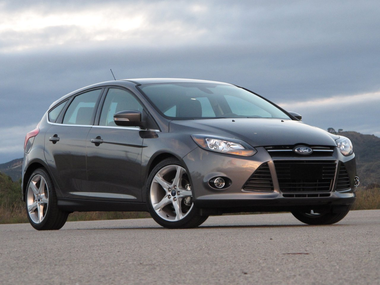 Pictures of ford focus hatchback 1999