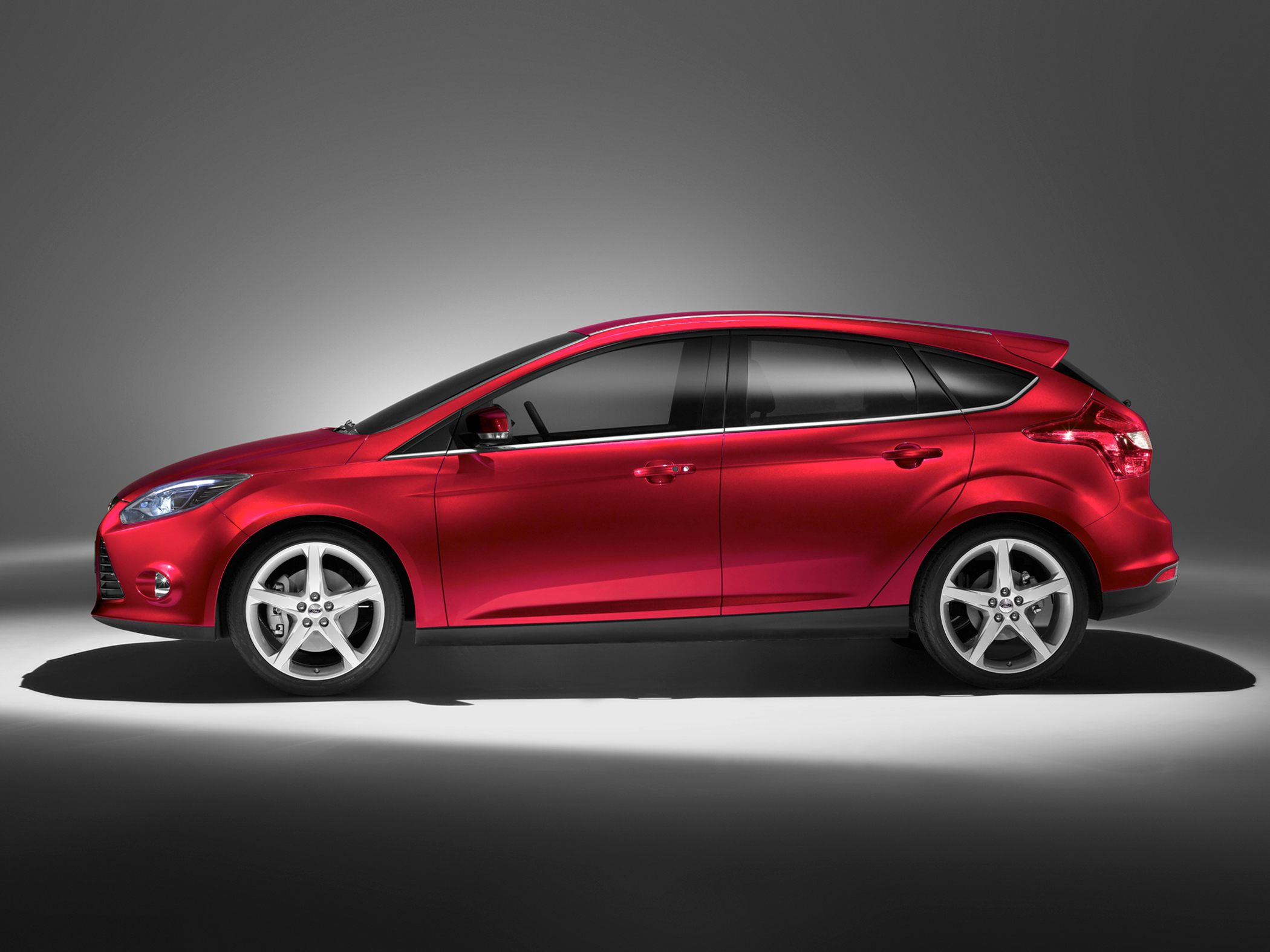 Pictures of ford focus hatchback ii 2013