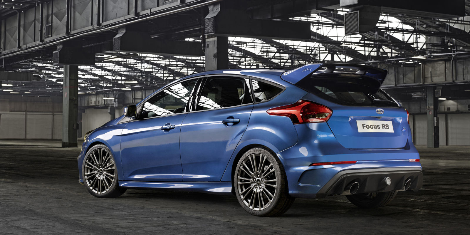 Pictures of ford focus hatchback ii 2016