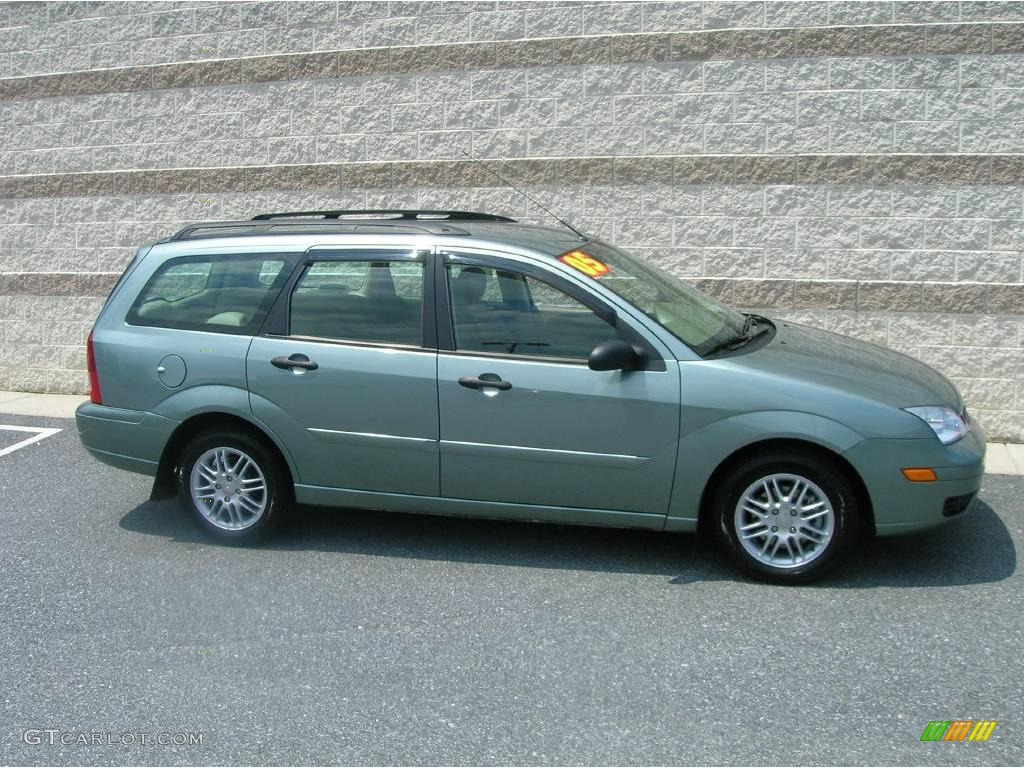 Pictures of ford focus wagon ii 2005