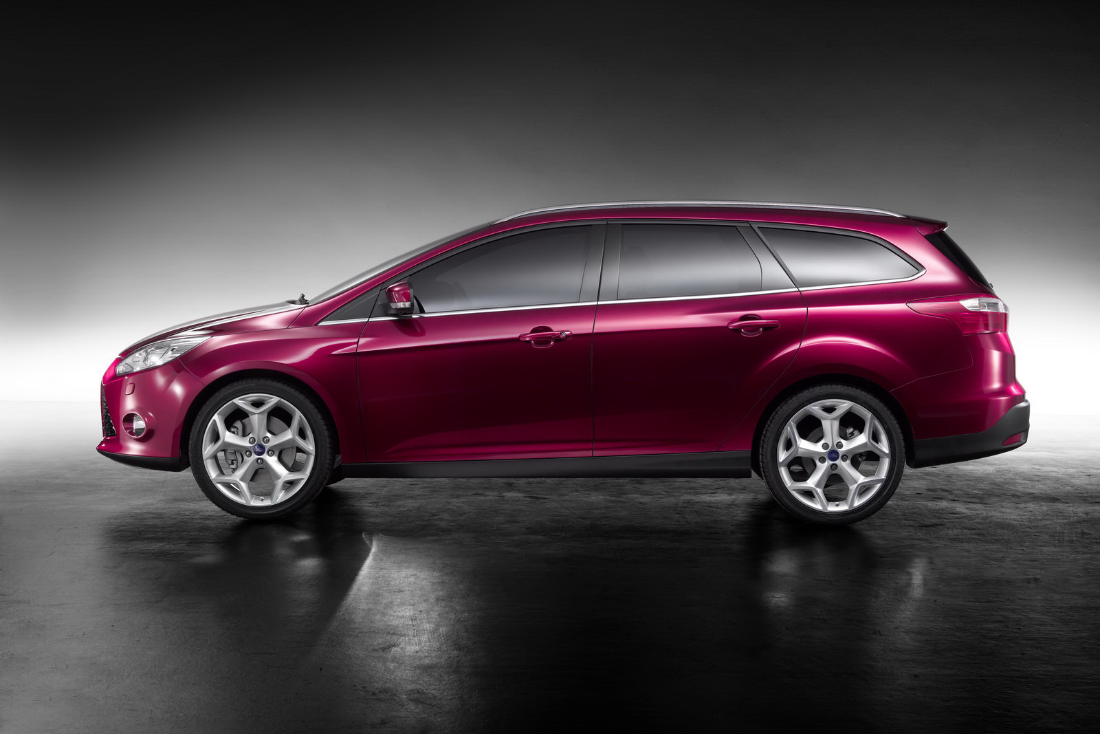 Pictures of ford focus wagon ii 2011