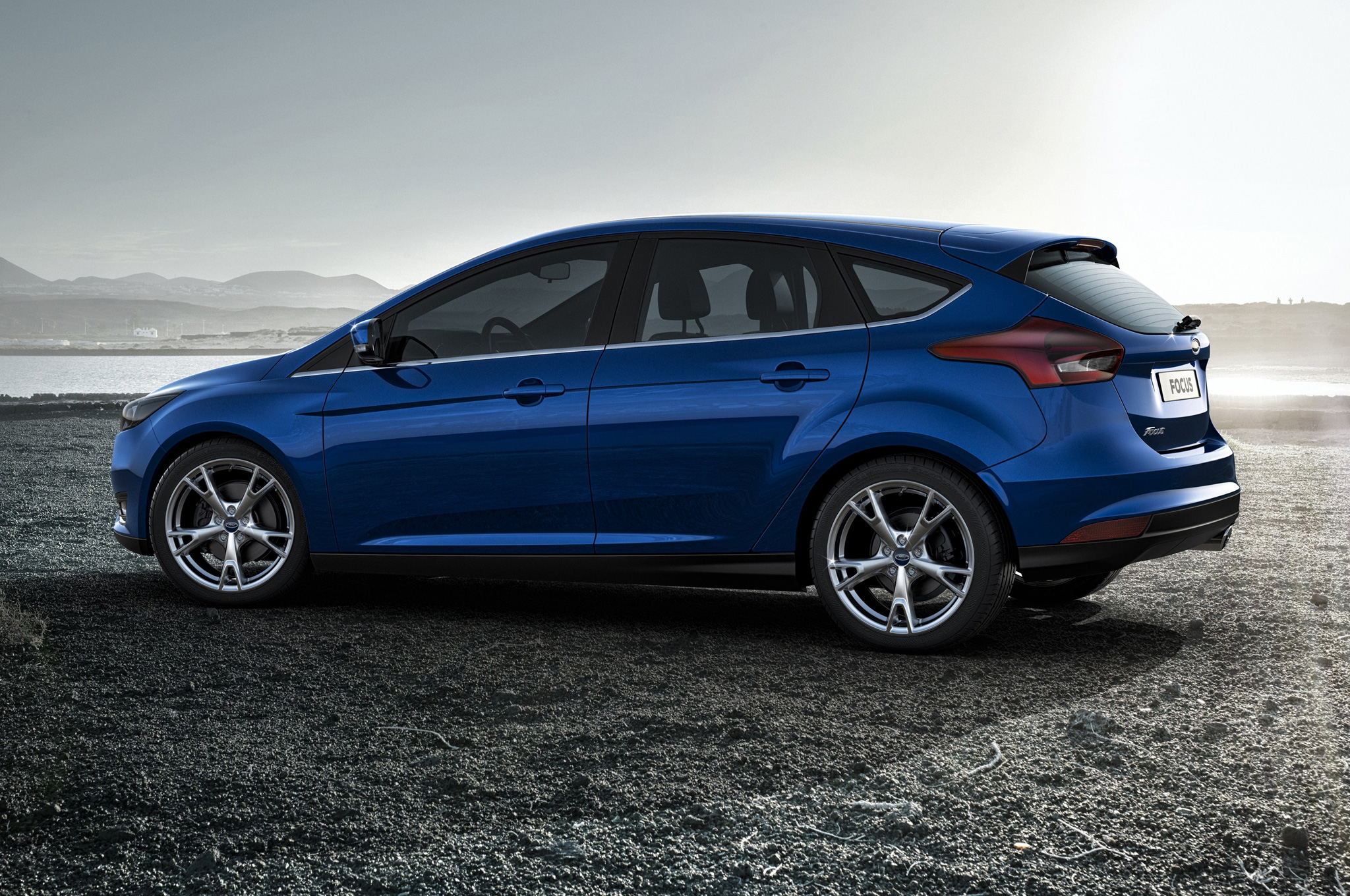 Pictures of ford focus wagon ii 2015