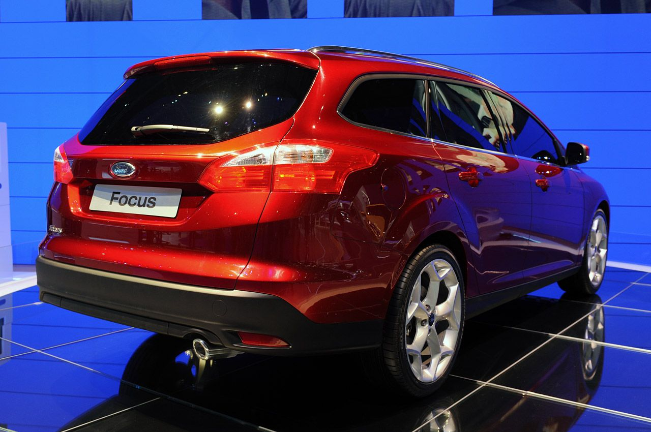 Pictures of ford focus wagon iii 2011