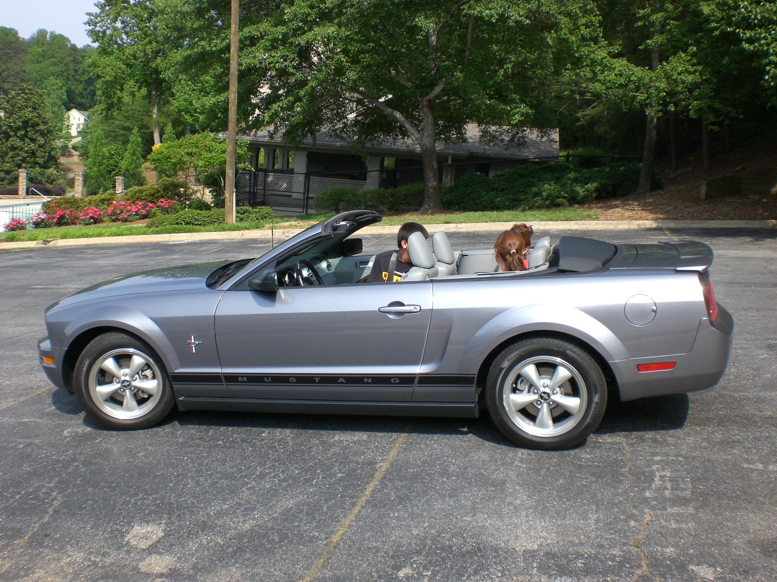 2007 ford mustang convertible v pictures information and specs auto. Black Bedroom Furniture Sets. Home Design Ideas