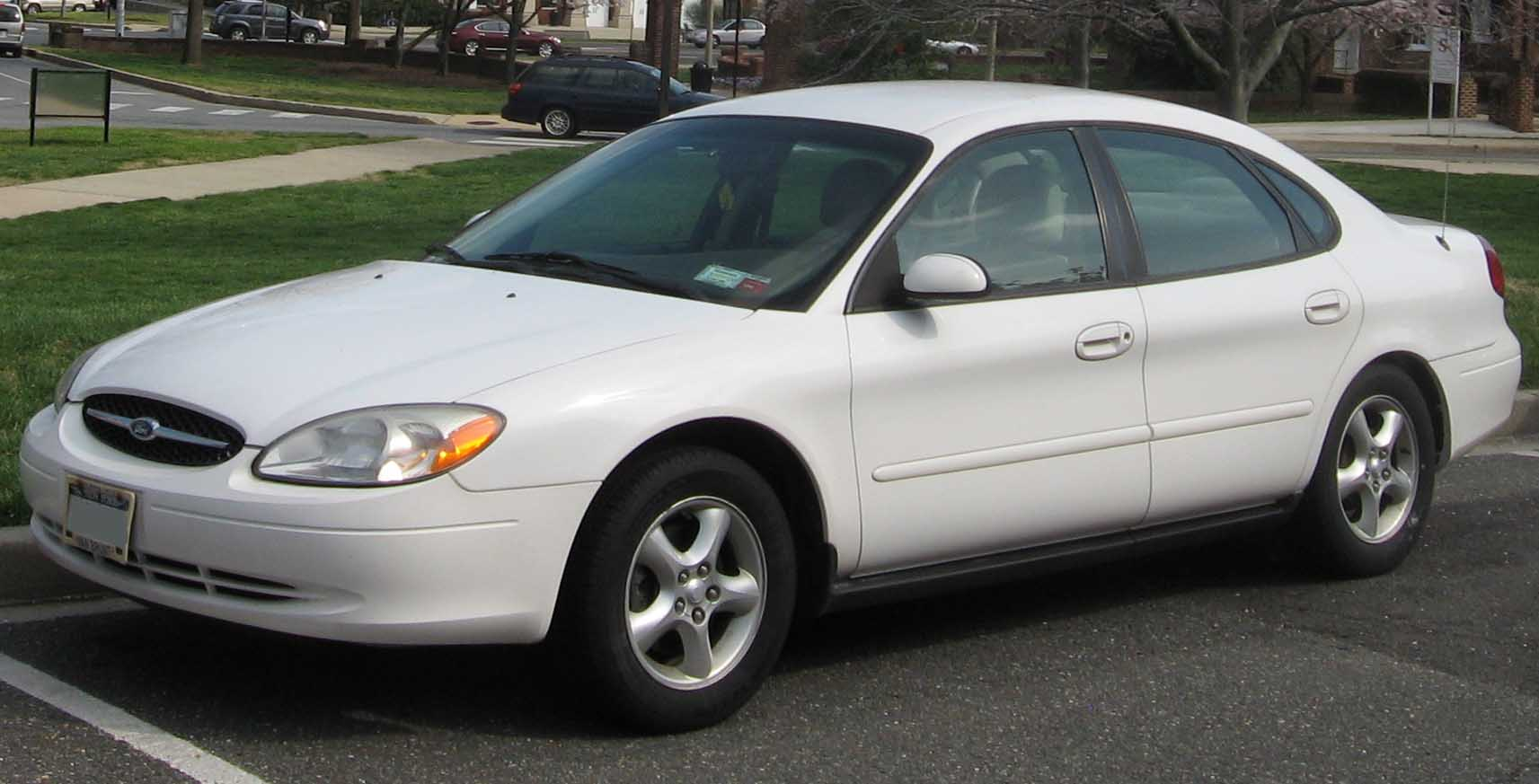 Pictures of ford taurus