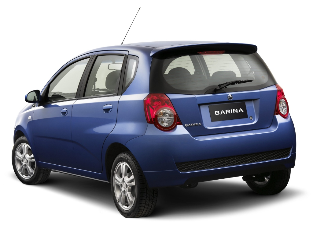 Pictures of holden barina #11