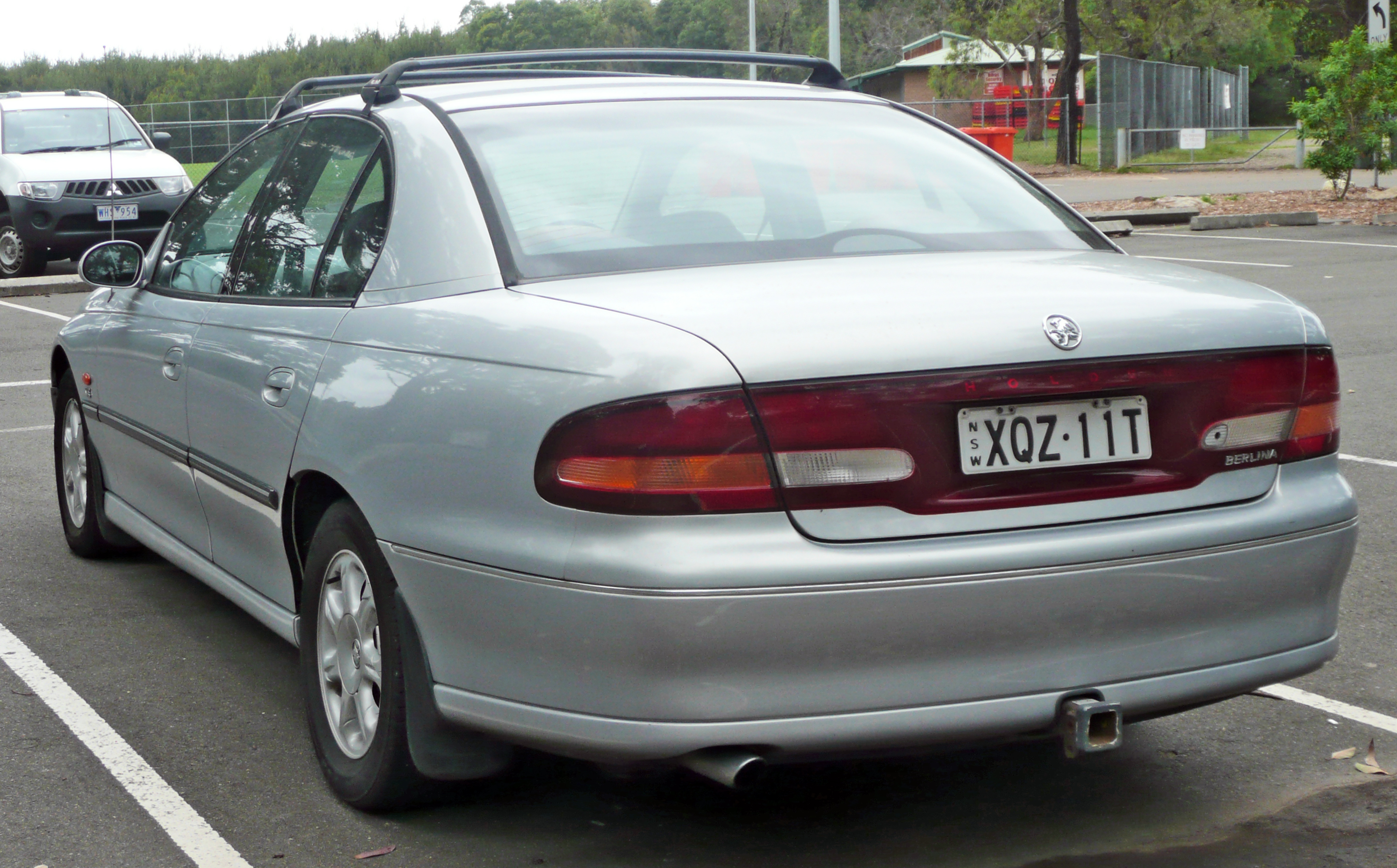Pictures of holden commodore wagon (vt) 1999 #11