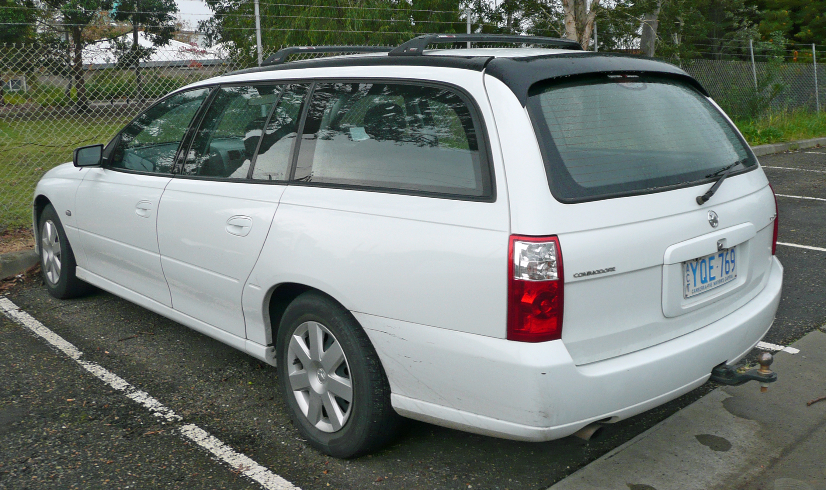 Pictures of holden commodore wagon (vt) 2007 #3