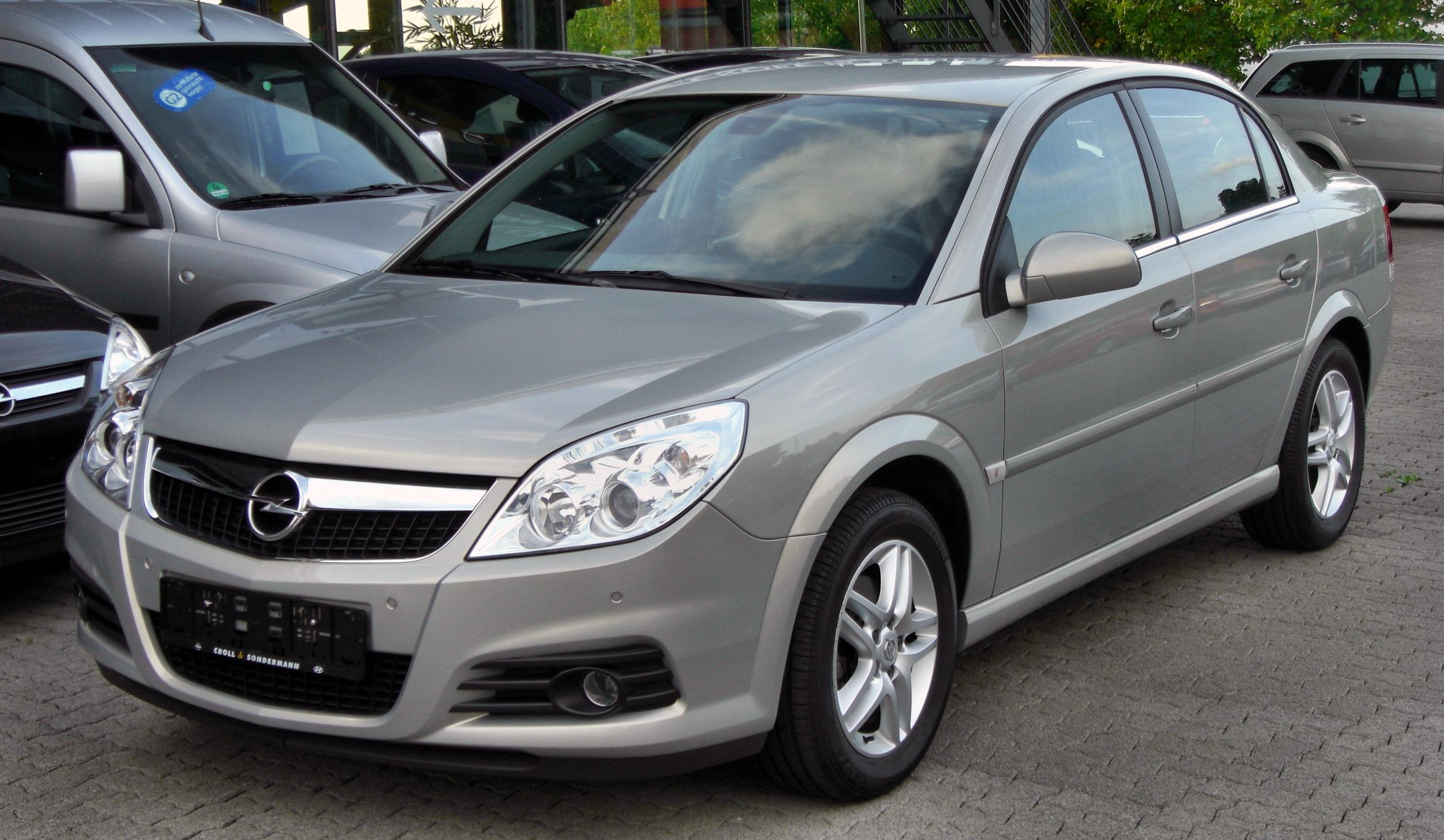 Pictures of holden vectra (b) 2003