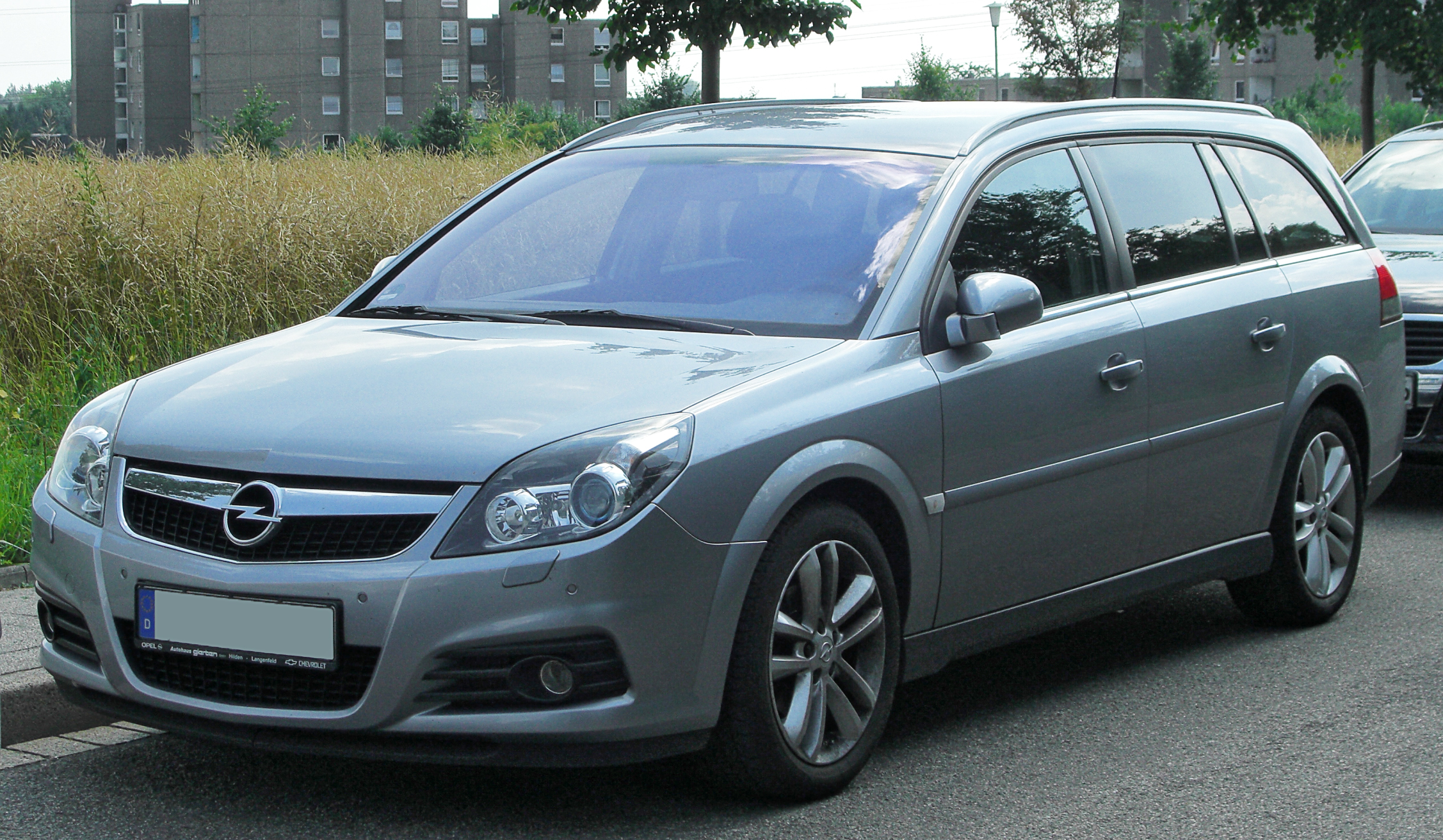 Pictures of holden vectra hatcback (b) 2009