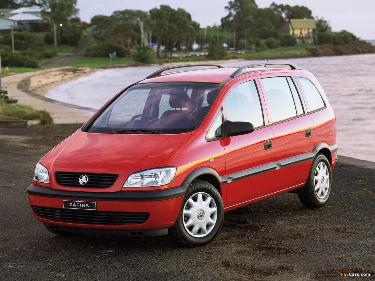 Pictures of holden zafira