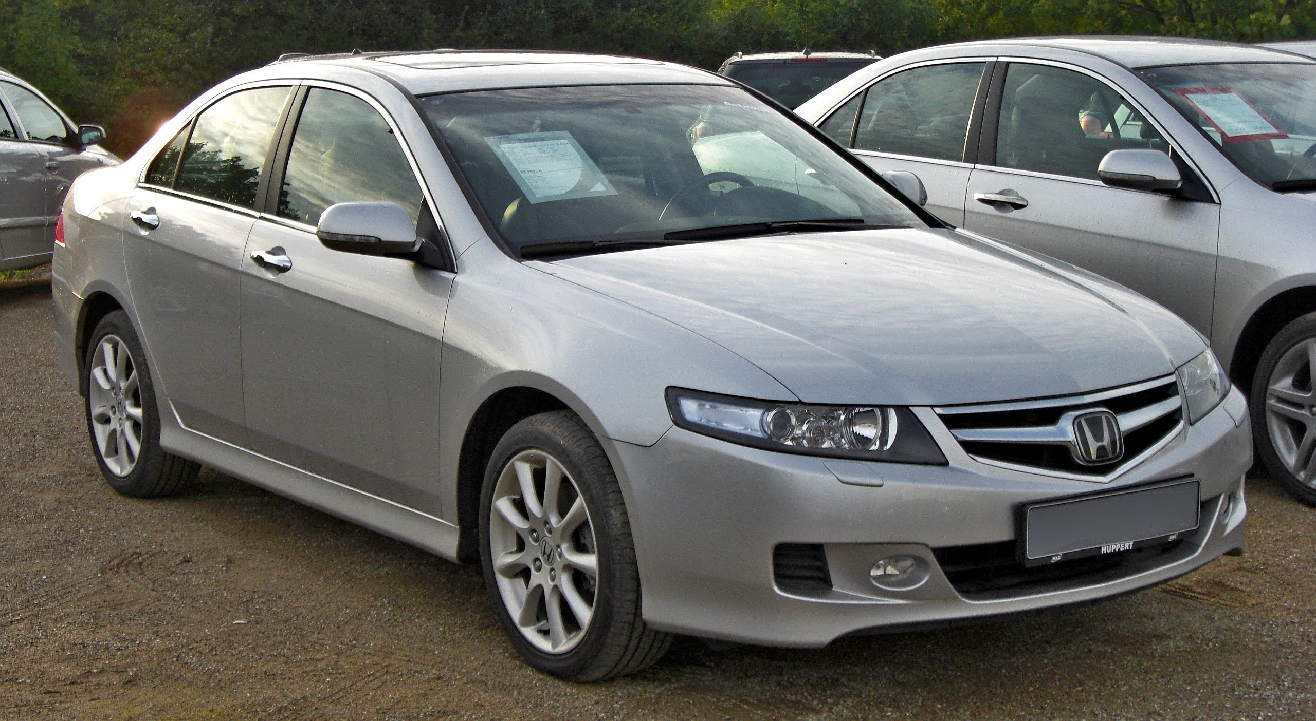 Pictures of honda accord vii 2002