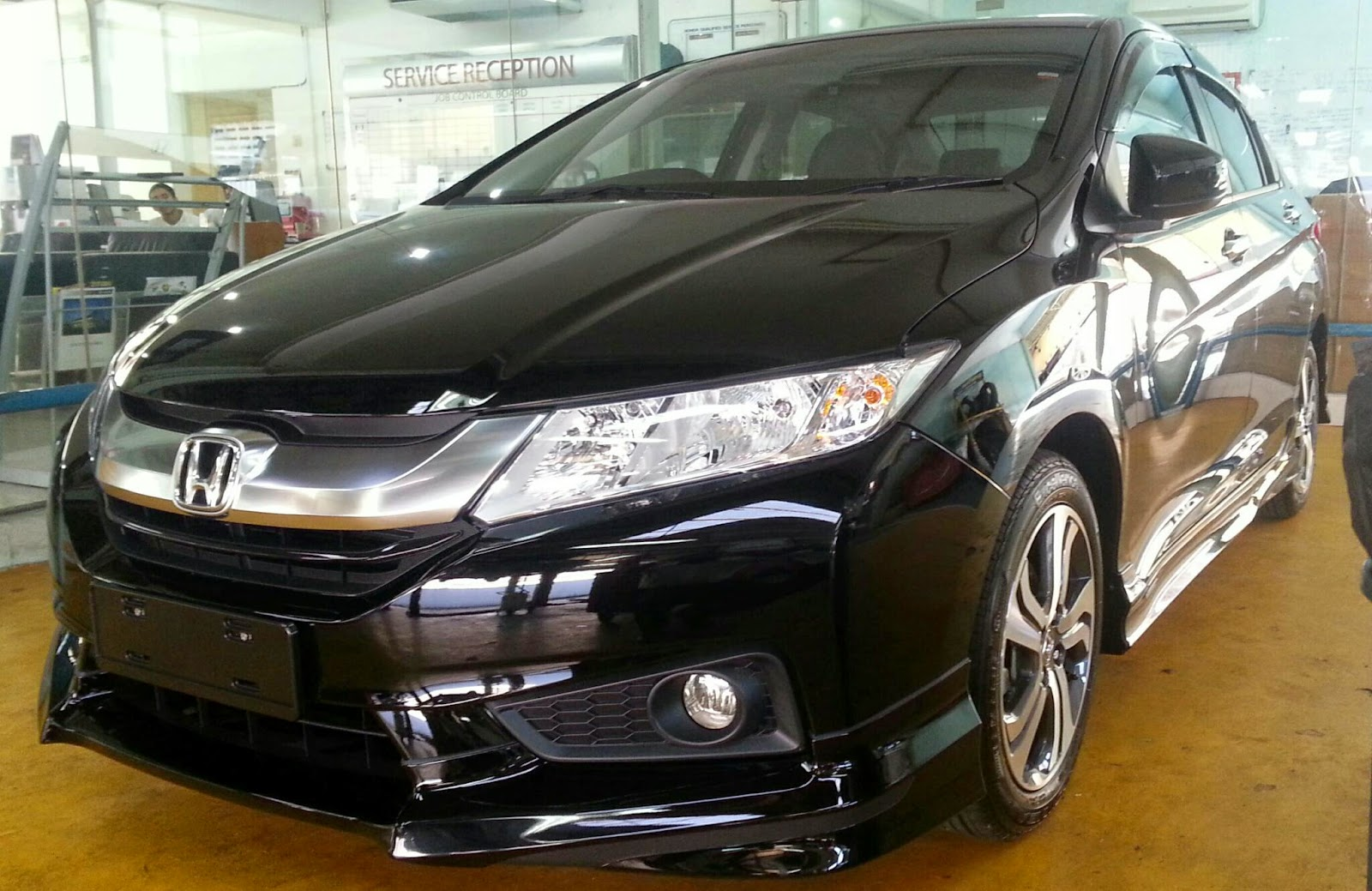 Pictures of honda city v 2015 #8
