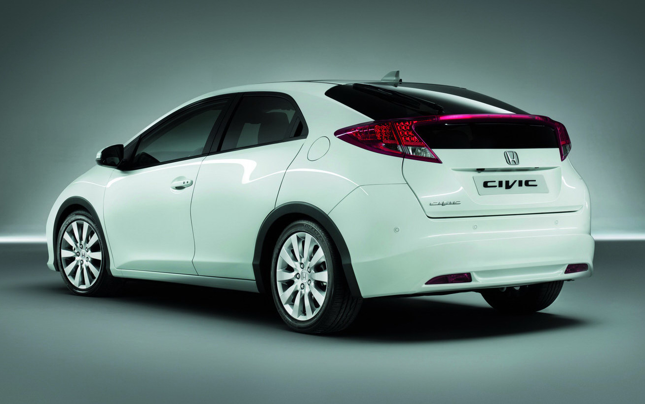 Pictures of honda civic fastback viii 2012