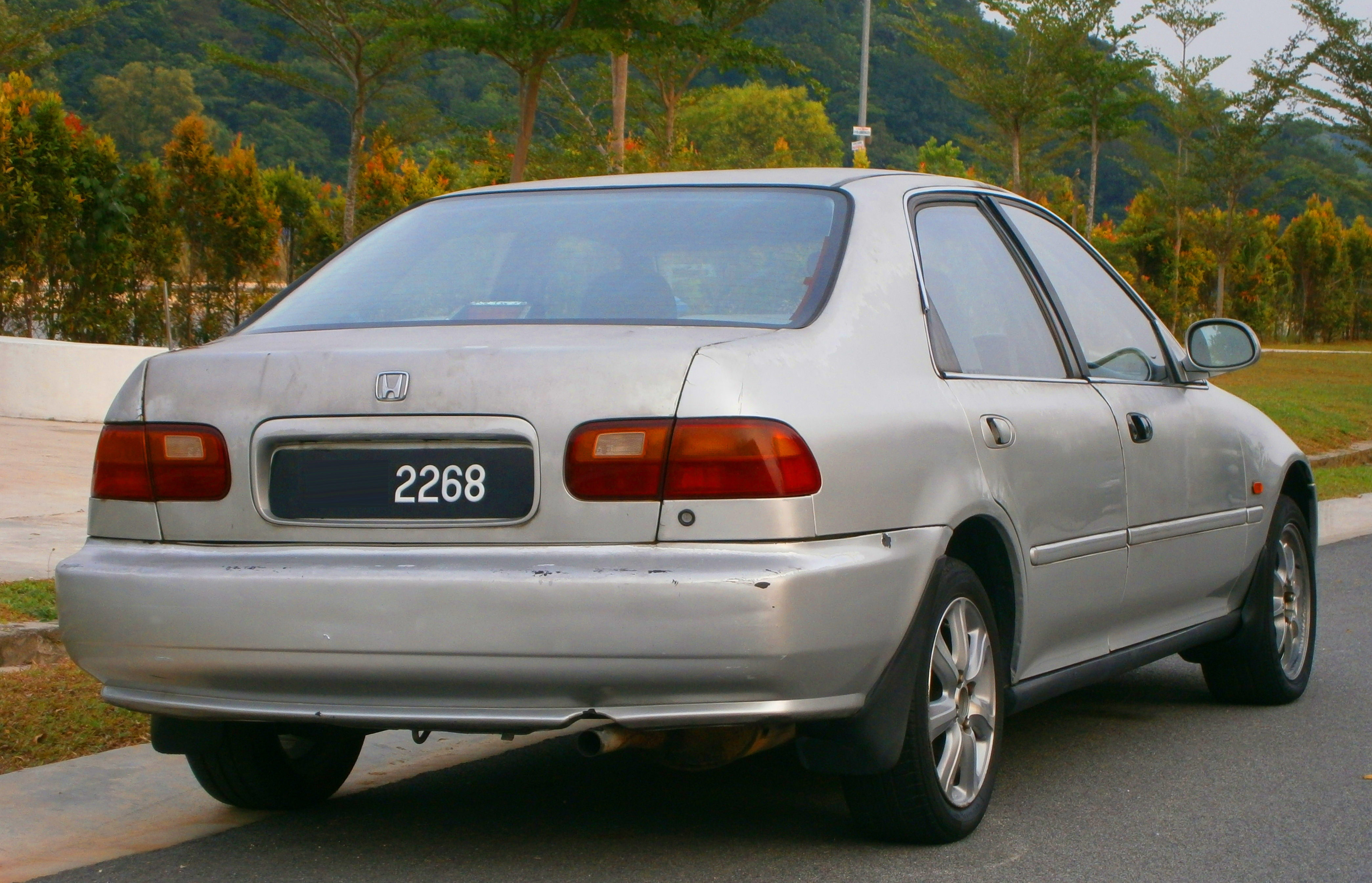 Pictures of honda civic hatchback v 1992 #4
