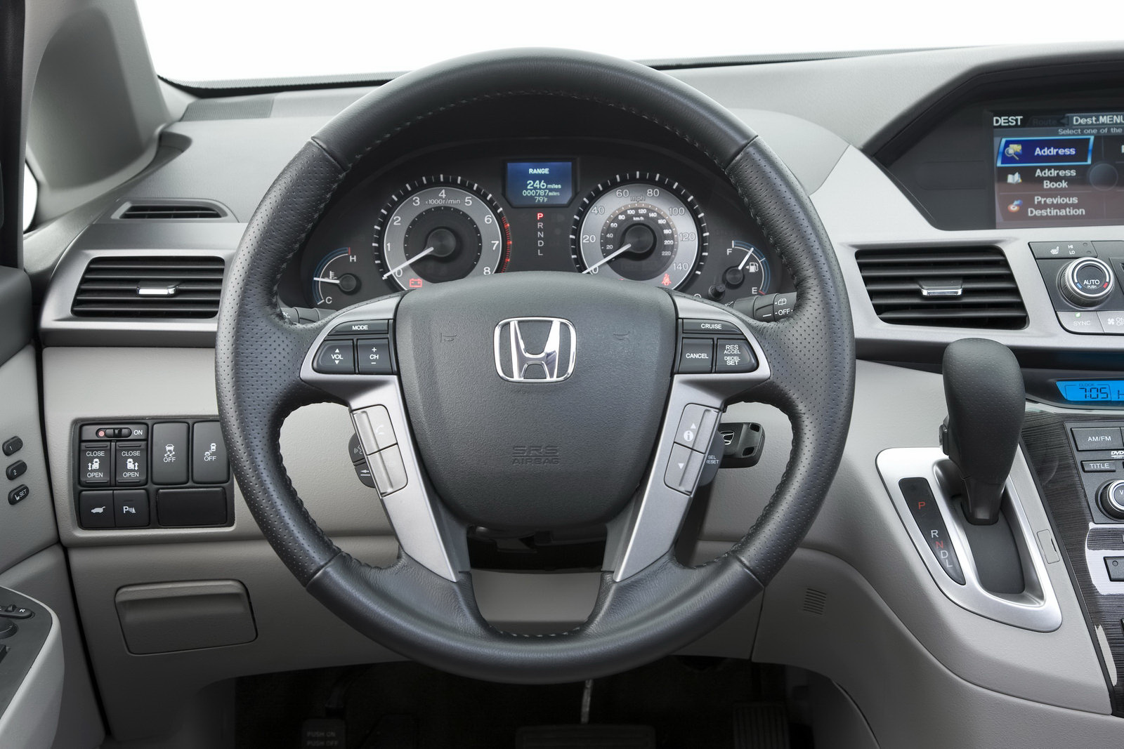 Pictures of honda odyssey iv 2014