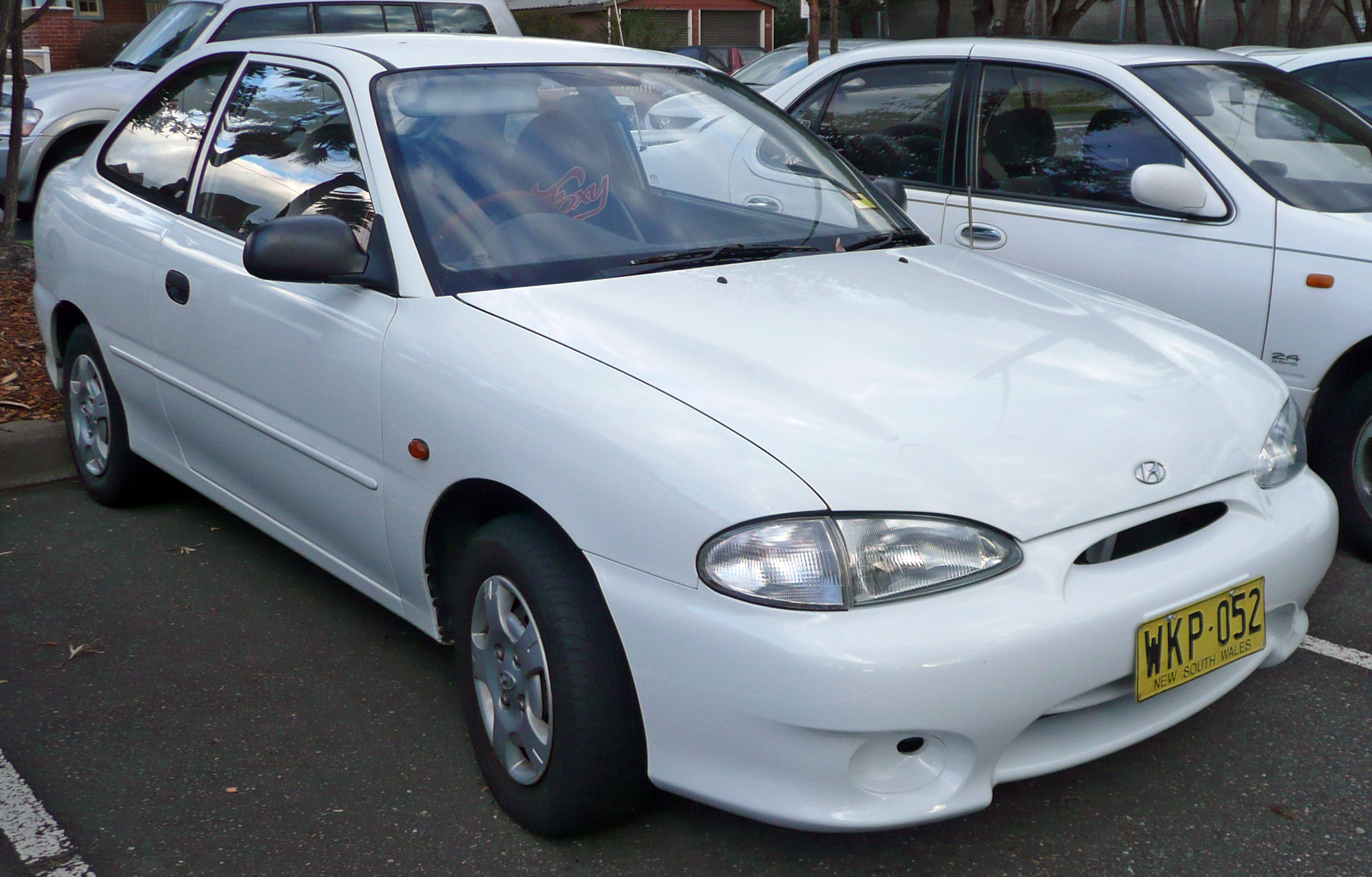 1994 Hyundai Accent I Hatchback  U2013 Pictures  Information And Specs