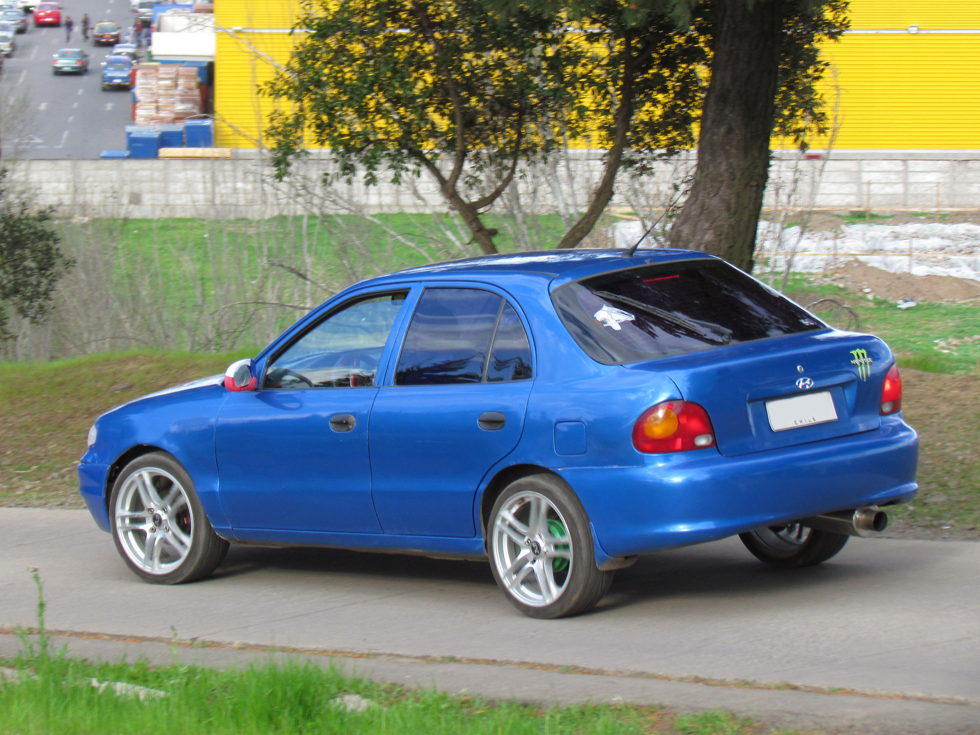 1995 hyundai accent i hatchback pictures information and specs auto. Black Bedroom Furniture Sets. Home Design Ideas