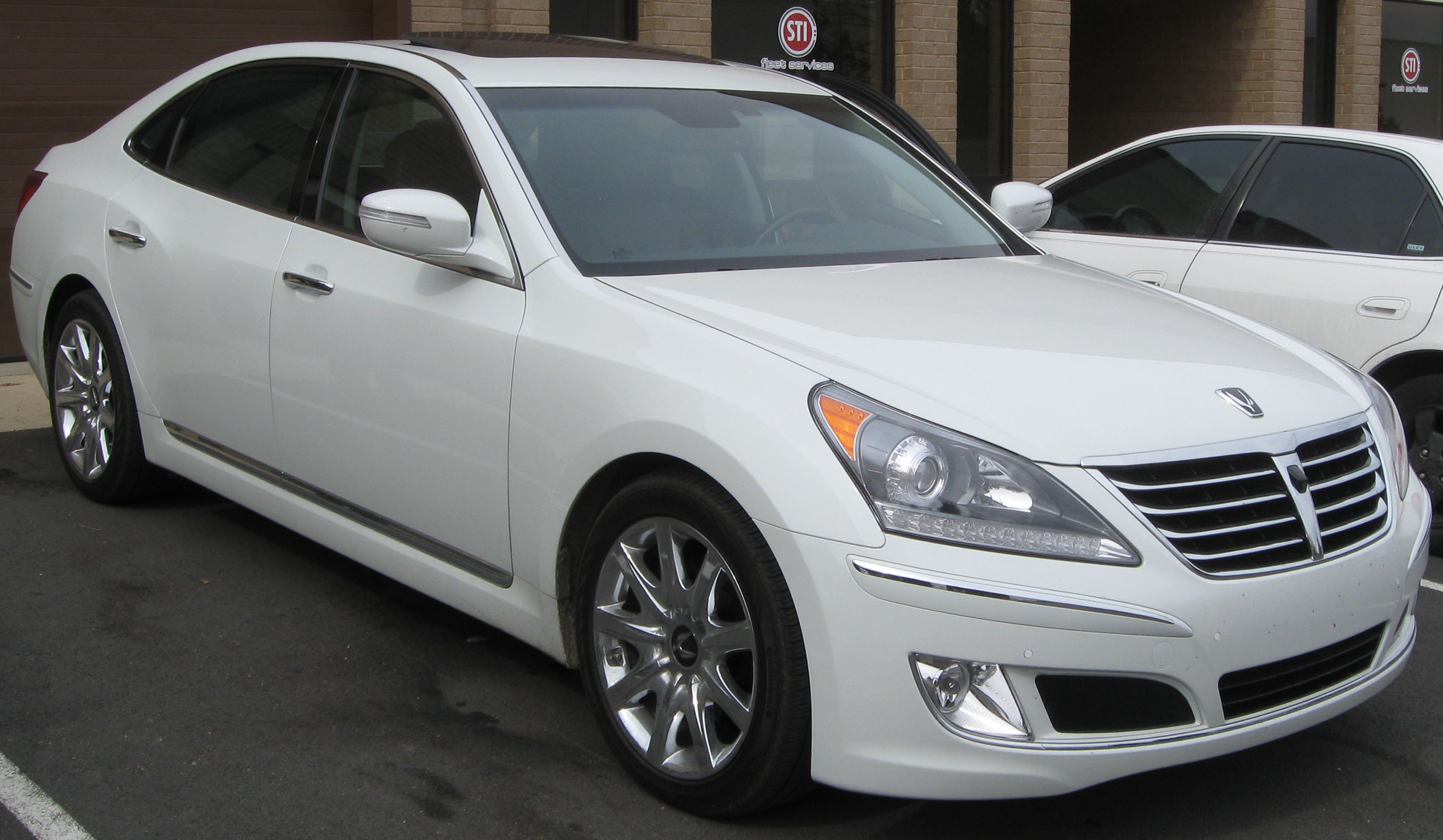 Pictures of hyundai equus #1