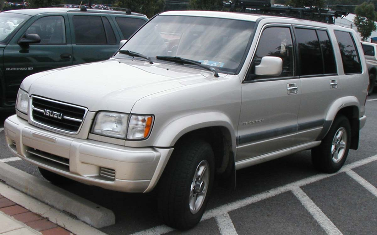 Pictures of isuzu trooper #7