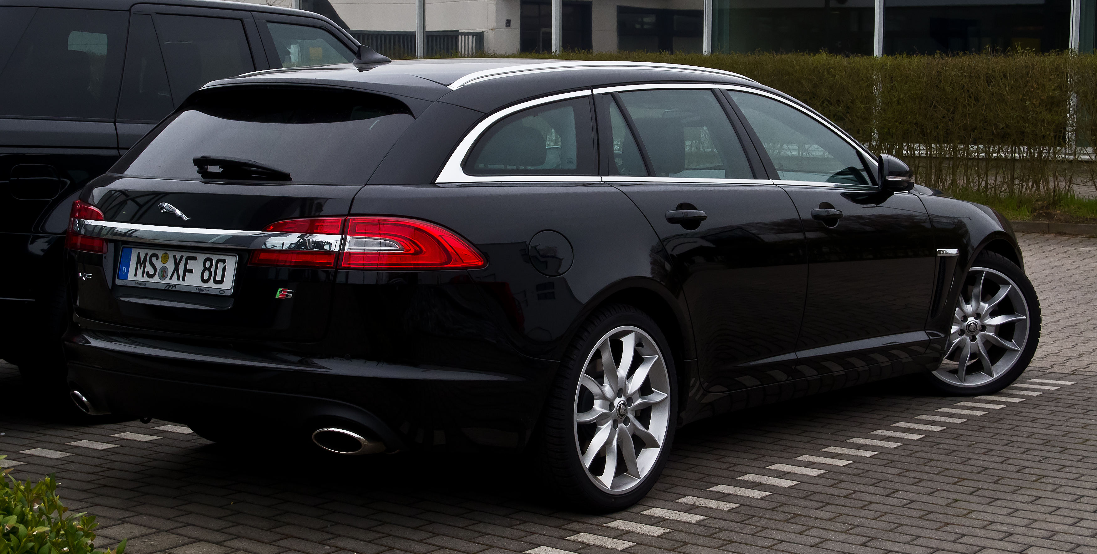 2013 jaguar xf sportbrake pictures information and. Black Bedroom Furniture Sets. Home Design Ideas
