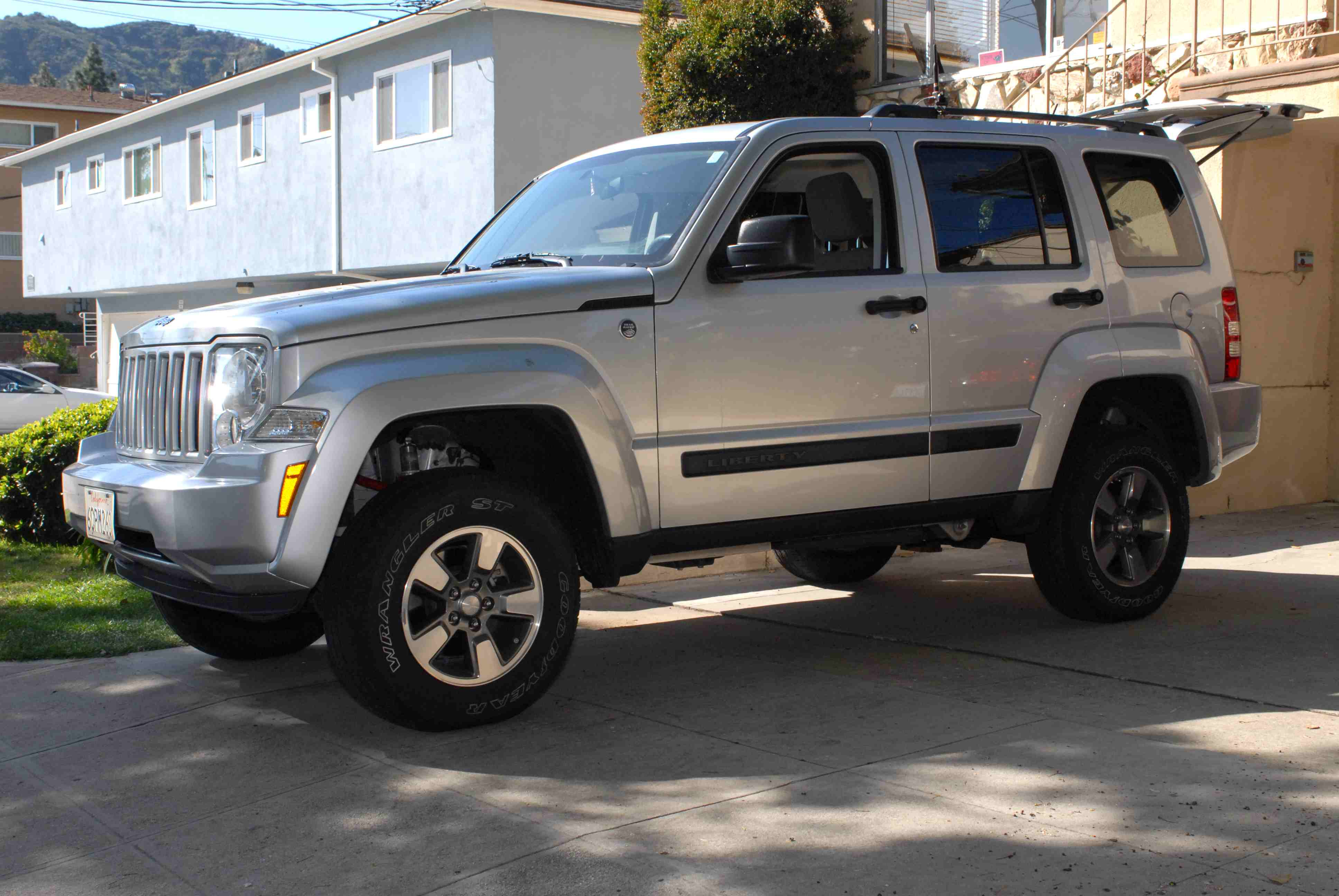 Pictures Of Jeep Cherokee Kk 2008 Auto Database Com