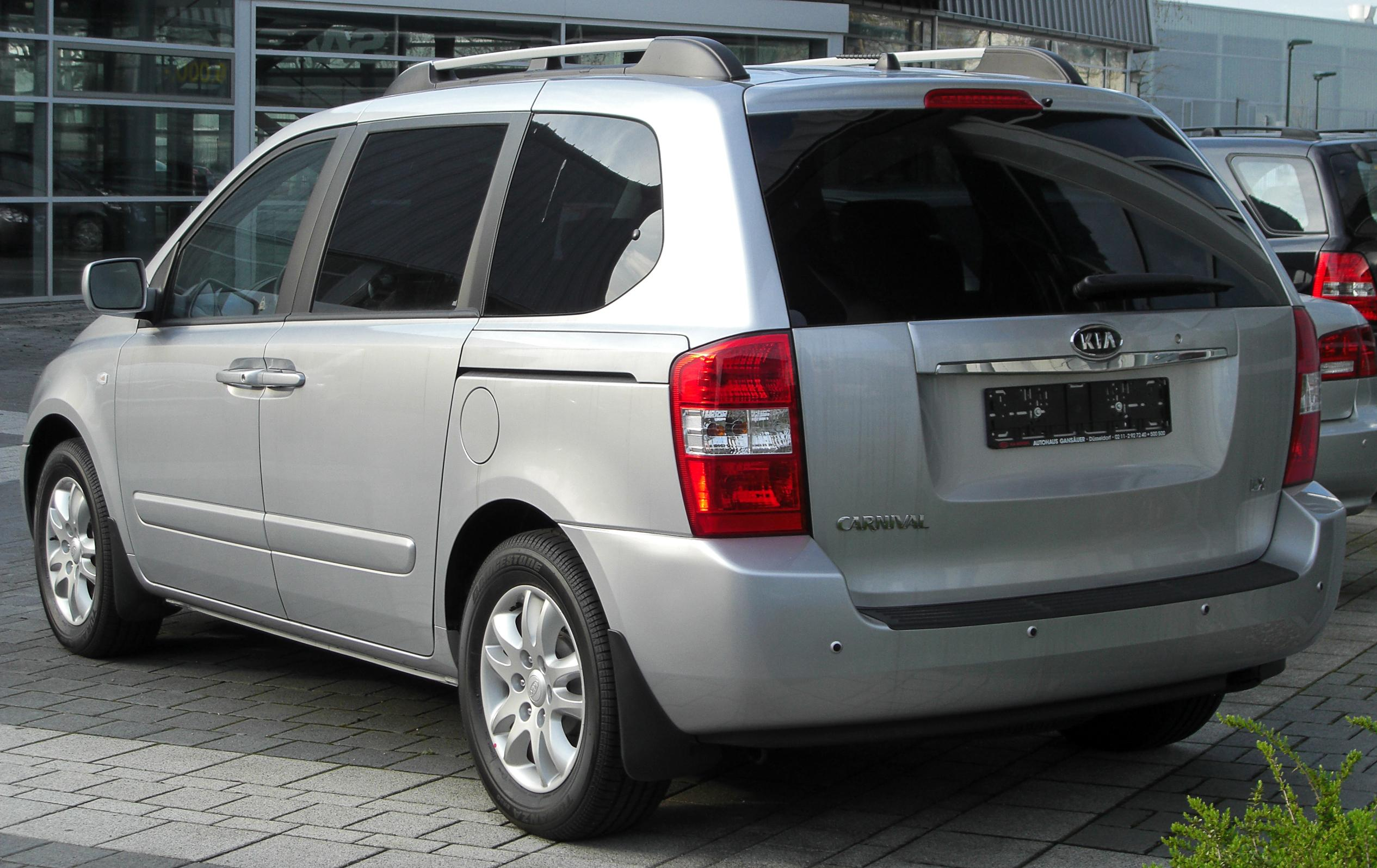 Pictures Of Kia Carnival Up 2002 14
