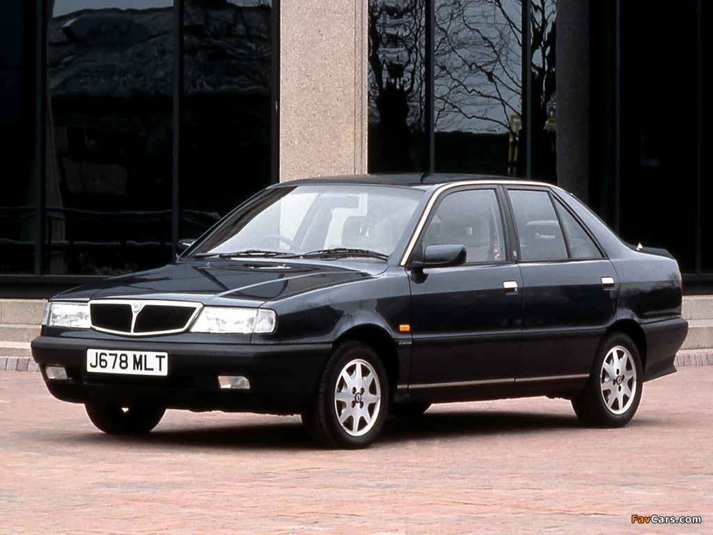 http://auto-database.com/image/pictures-of-lancia-dedra-13675.jpg