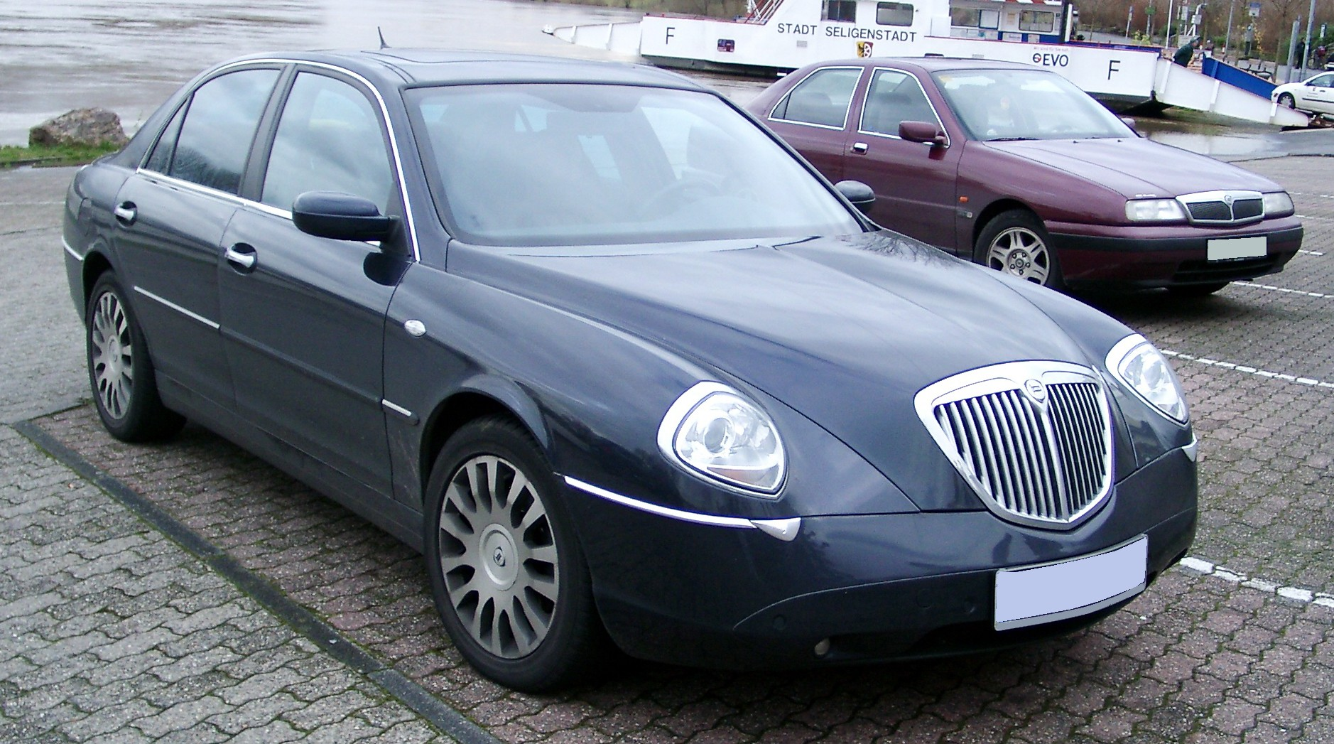 Pictures of lancia thesis 2005
